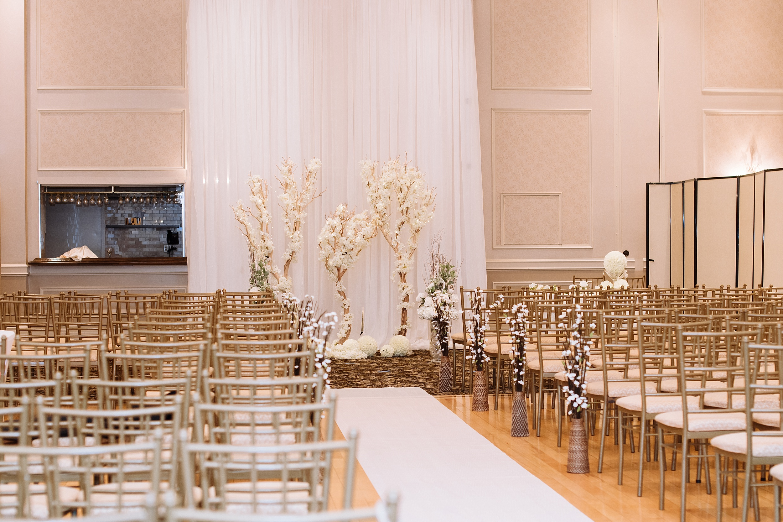 McMichael_Art_Collection_Wedding_chateau_le_jardin_Justine_Munro_Toronto_Photographer046.jpg