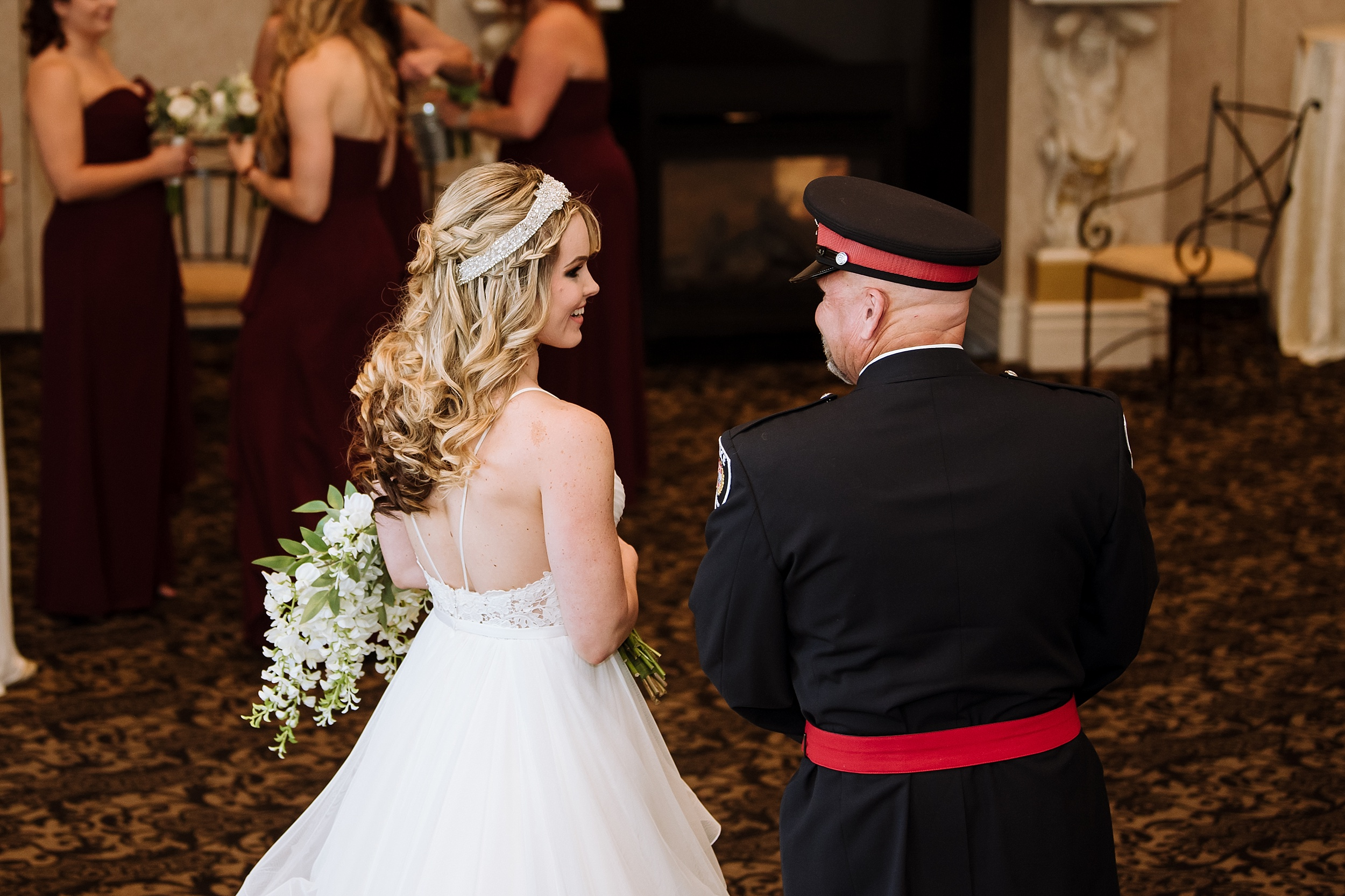 McMichael_Art_Collection_Wedding_chateau_le_jardin_Justine_Munro_Toronto_Photographer049.jpg