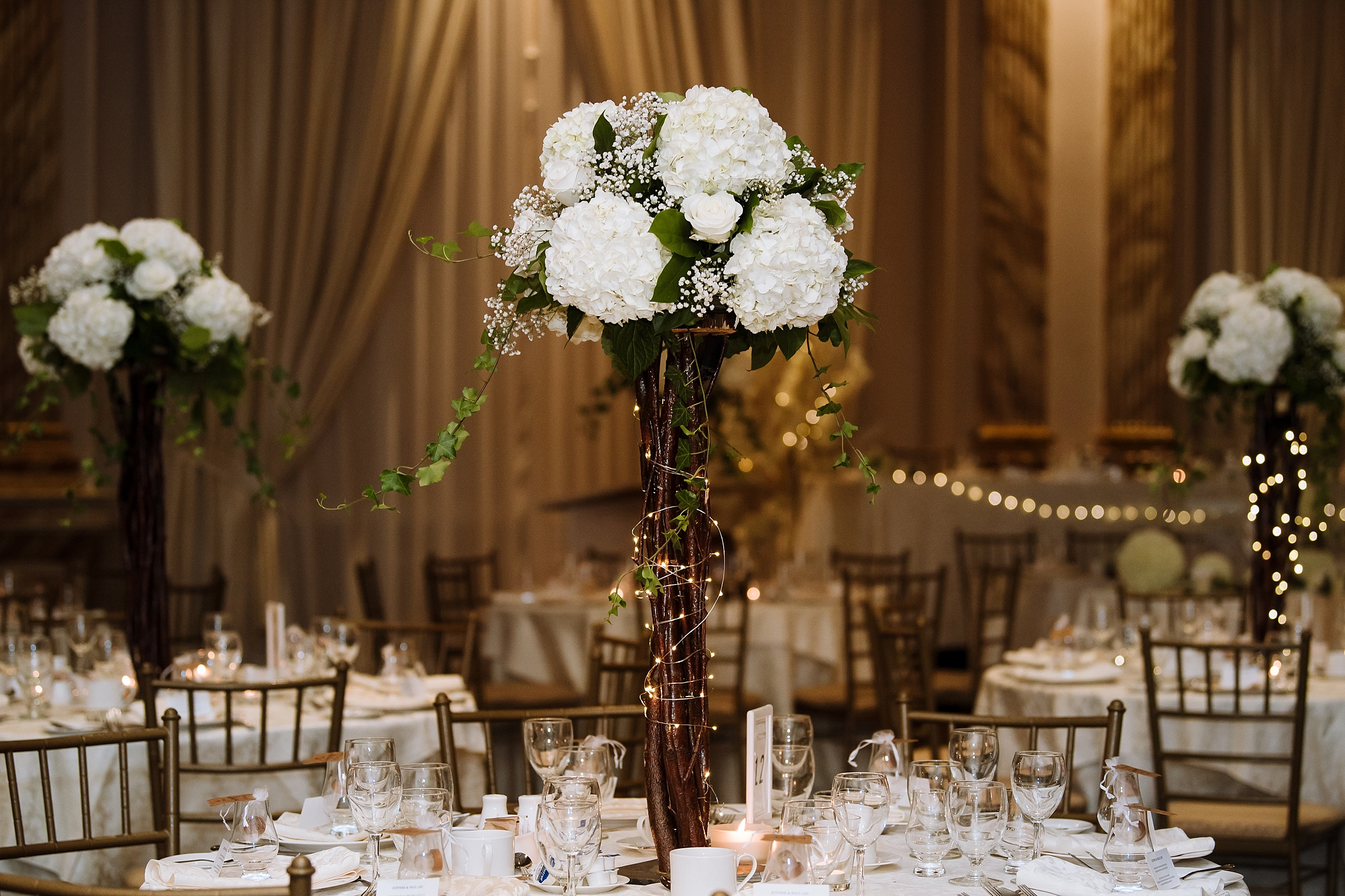 McMichael_Art_Collection_Wedding_chateau_le_jardin_Justine_Munro_Toronto_Photographer062.jpg