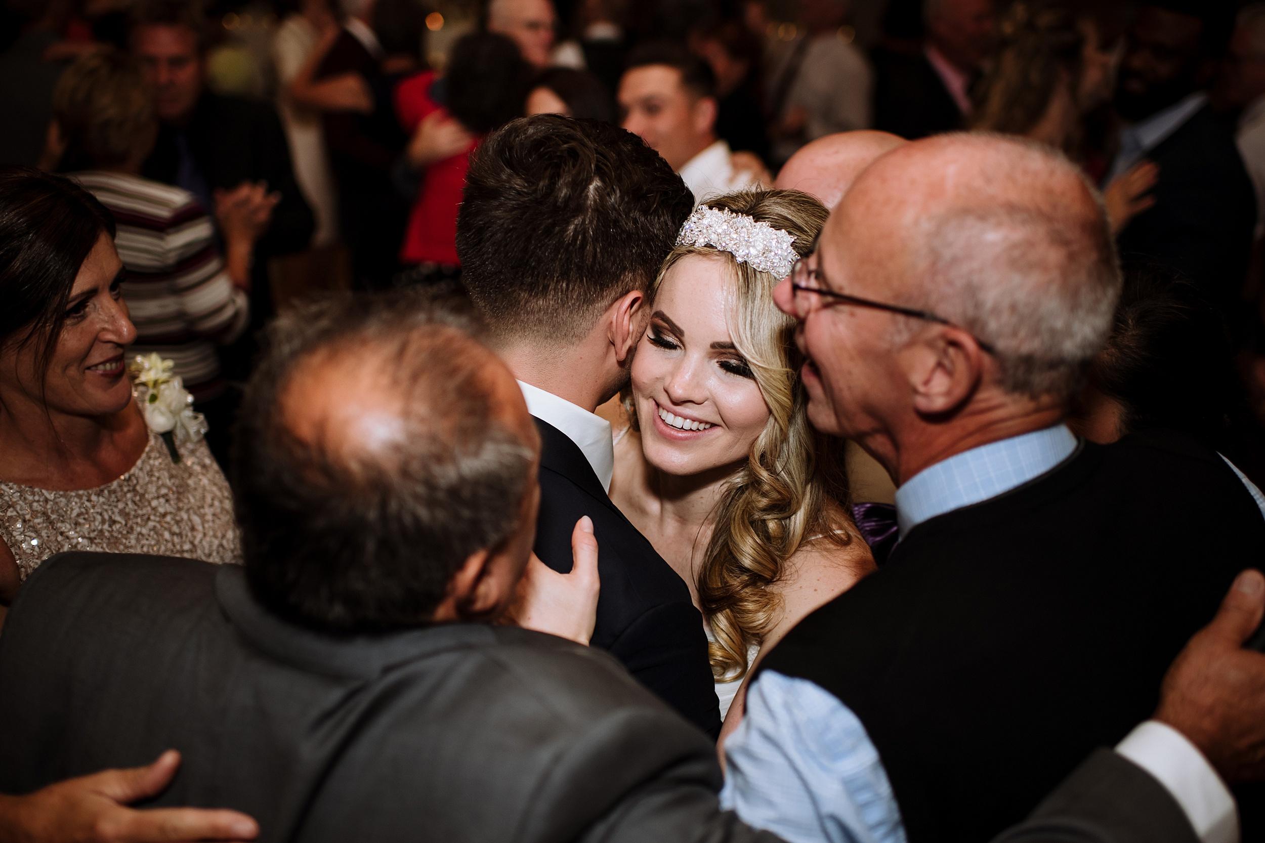 McMichael_Art_Collection_Wedding_chateau_le_jardin_Justine_Munro_Toronto_Photographer088.jpg