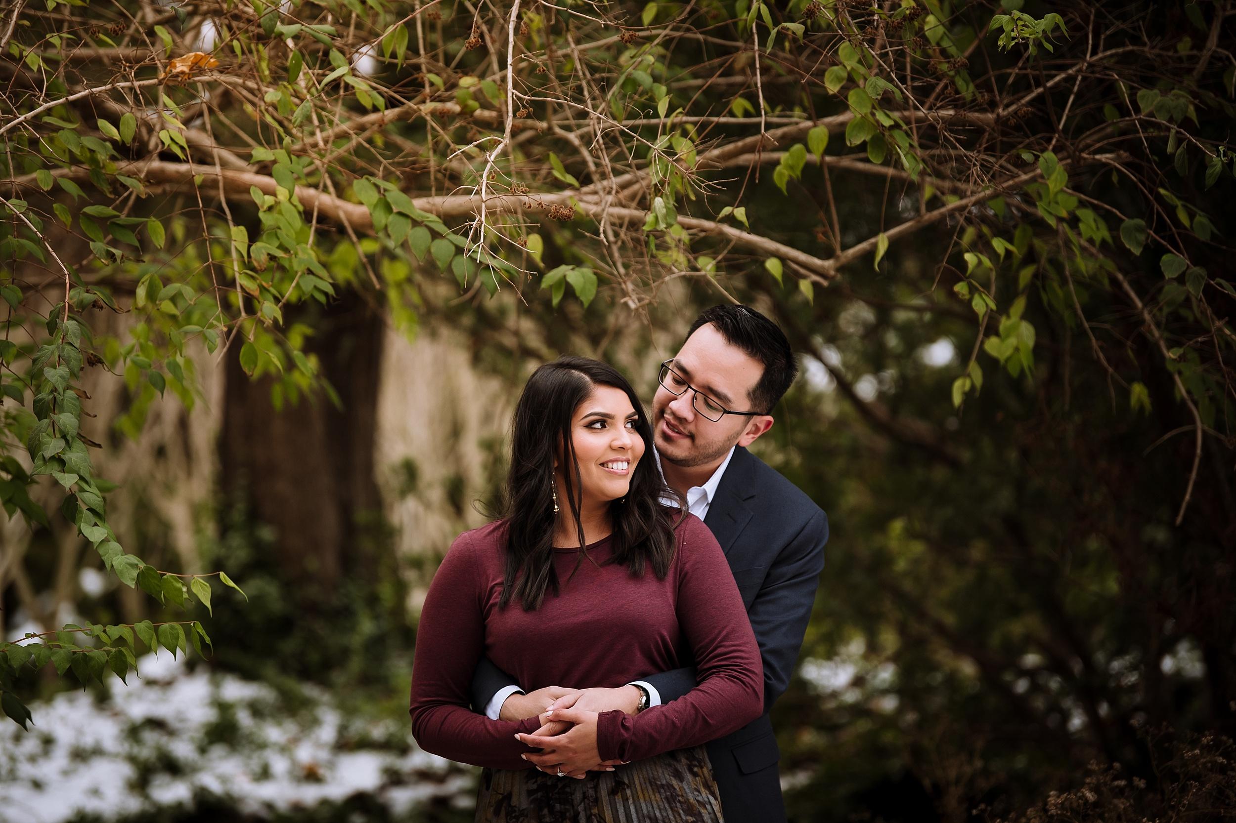 Alexander_Muir_Memorial_Gardens_Engagement_Shoot_Toronto_Wedding_Photographer_0005.jpg