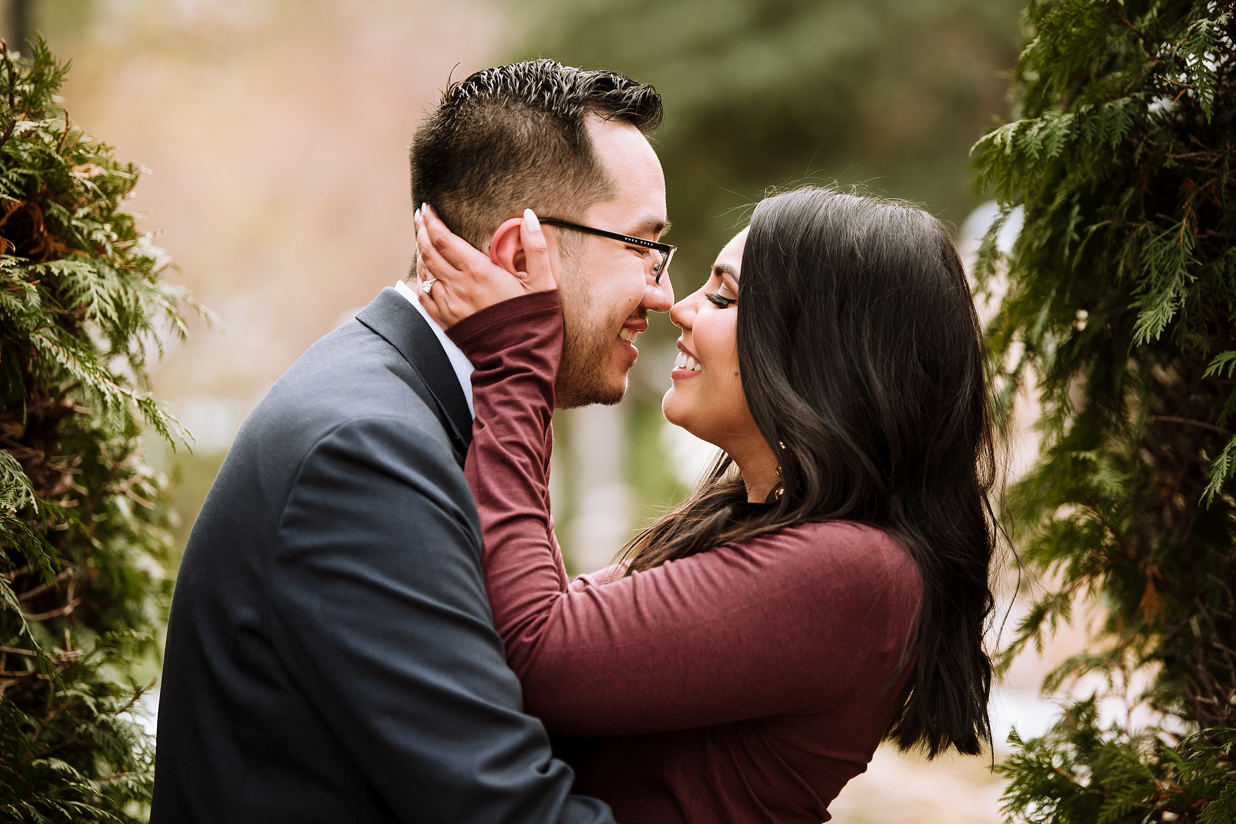 Alexander_Muir_Memorial_Gardens_Engagement_Shoot_Toronto_Wedding_Photographer_0015.jpg