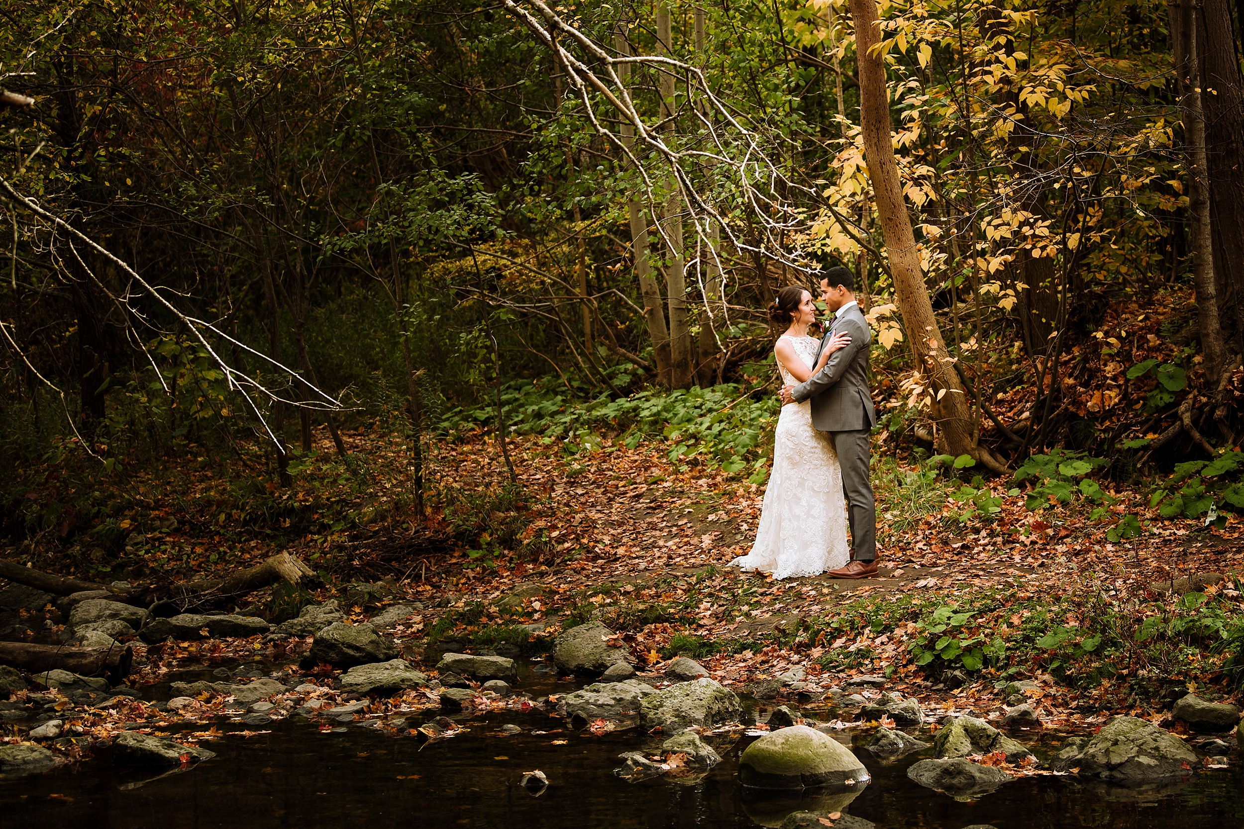 Toronto_Wedding_Photographer_Edwards_Gardens_0046.jpg