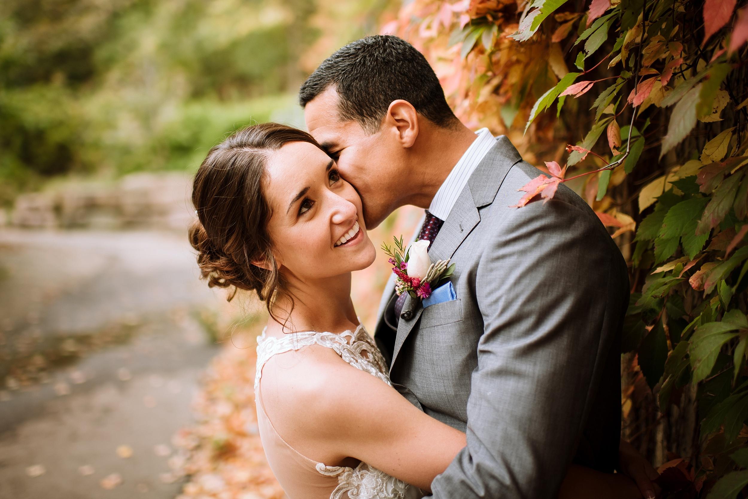 Toronto_Wedding_Photographer_Edwards_Gardens_0055.jpg