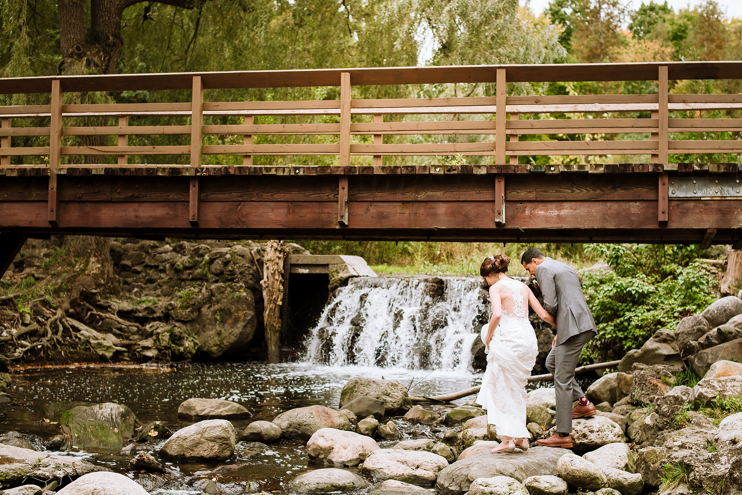 Toronto_Wedding_Photographer_Edwards_Gardens_0056.jpg