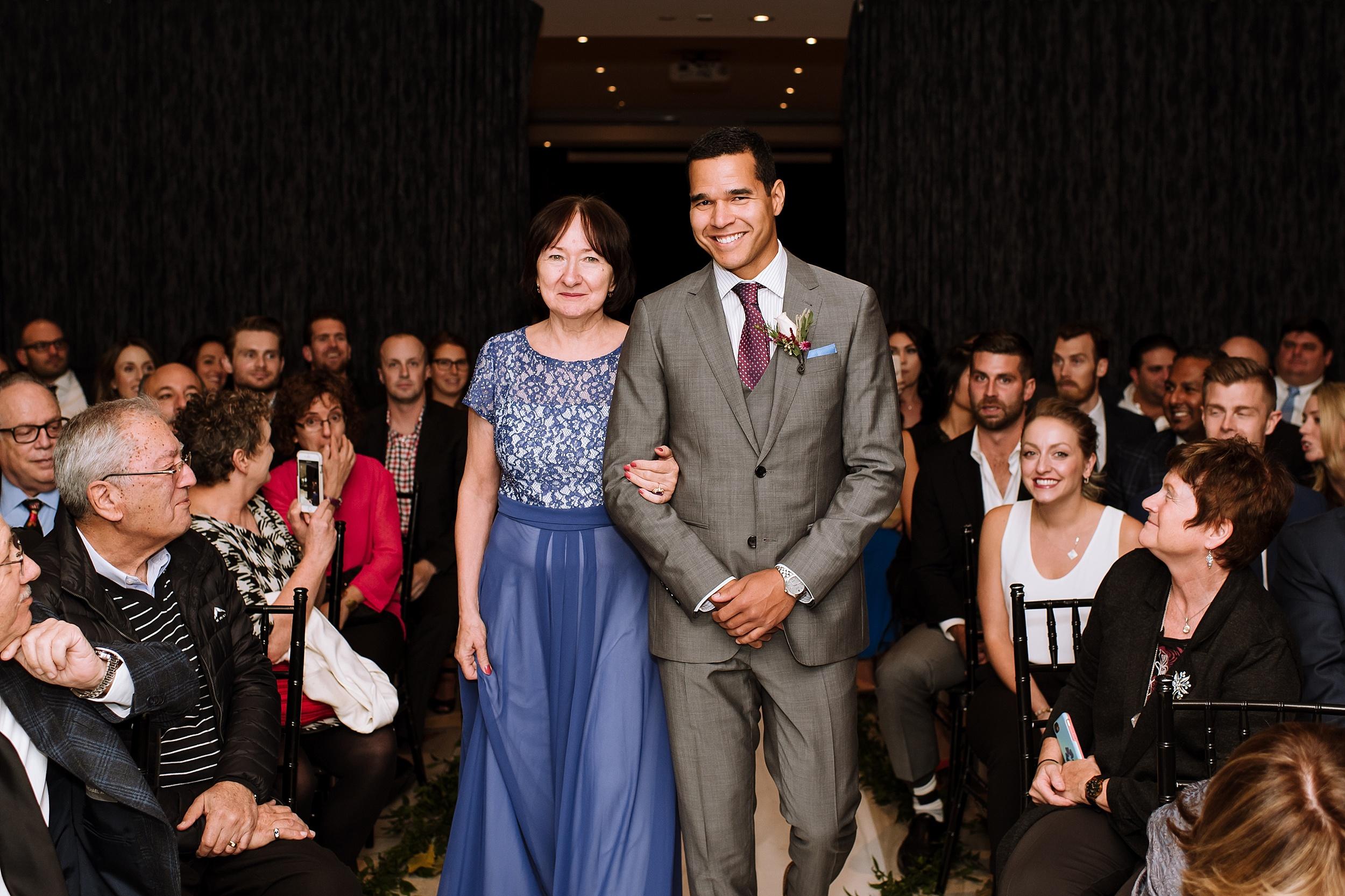 Toronto_Wedding_Photographer_Edwards_Gardens_0070.jpg