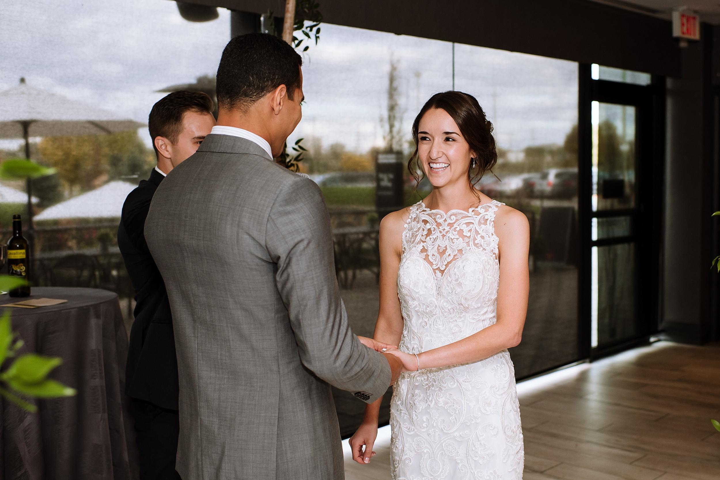 Toronto_Wedding_Photographer_Edwards_Gardens_0073.jpg