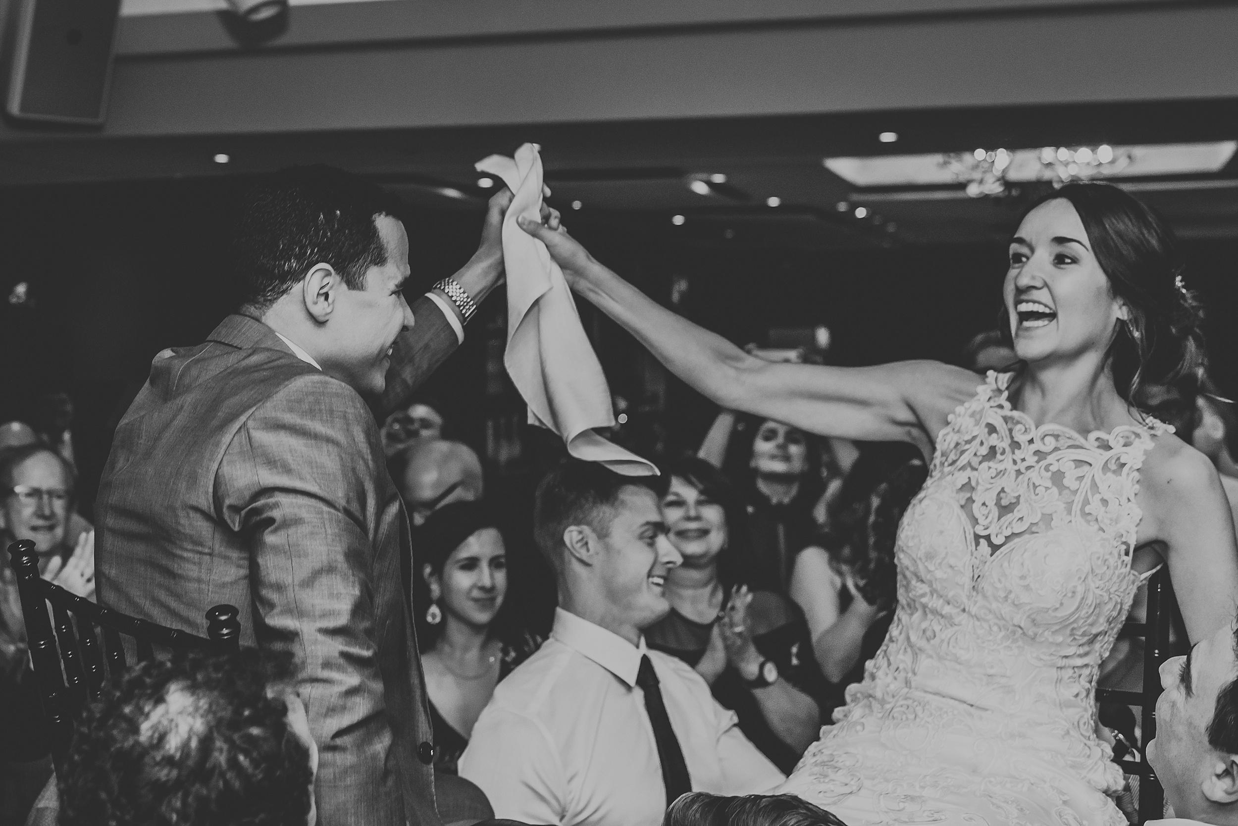 Toronto_Wedding_Photographer_Edwards_Gardens_0102.jpg