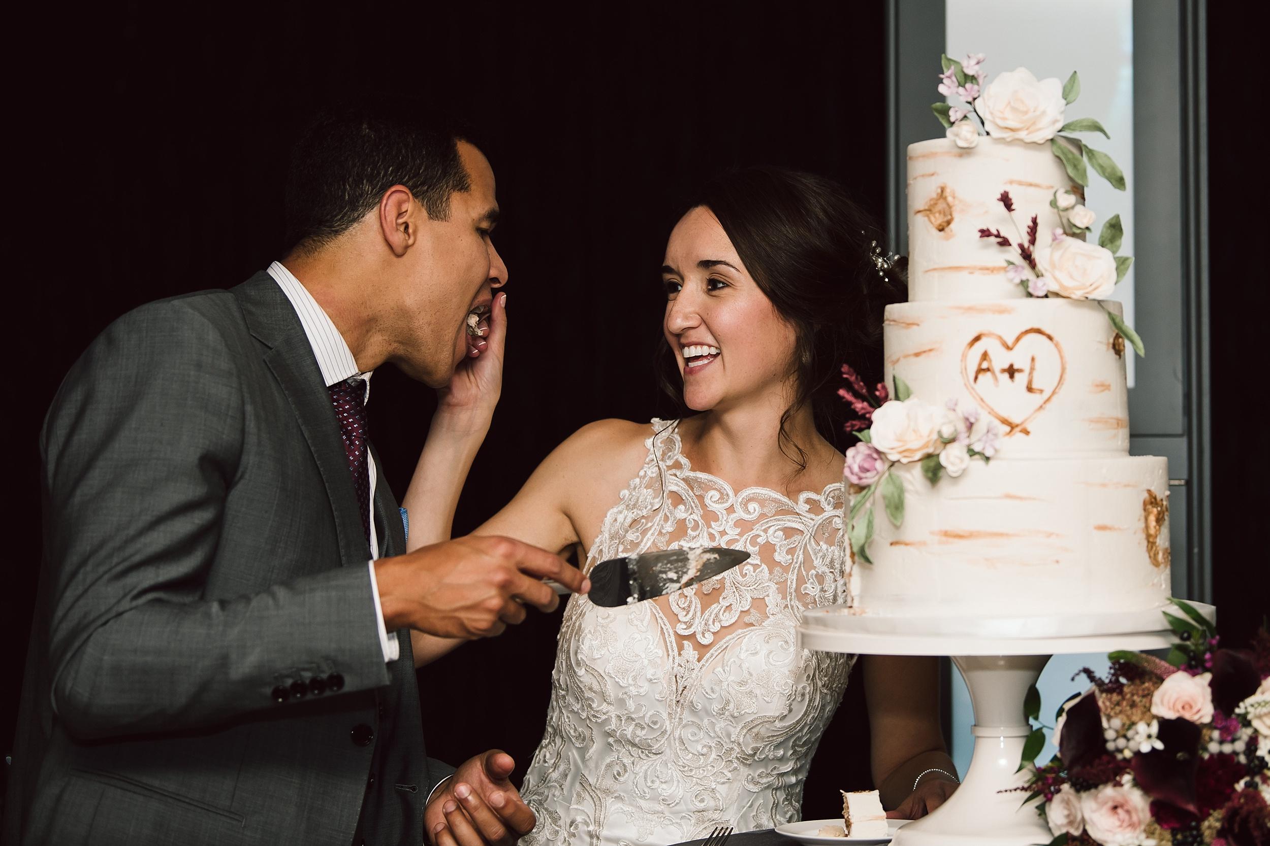 Toronto_Wedding_Photographer_Edwards_Gardens_0145.jpg