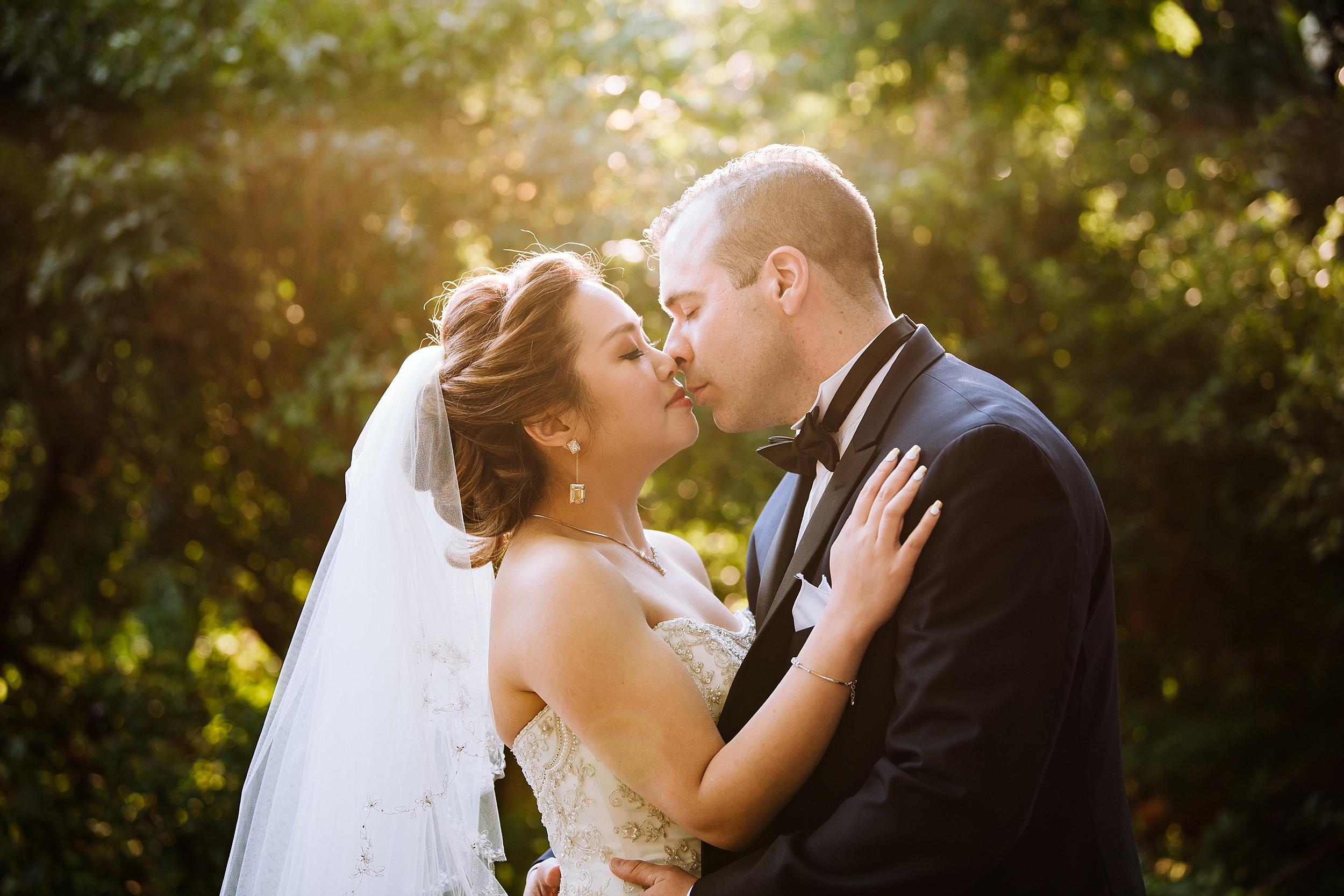 Sunnybrook_Estates_Alexander_Muir_Toronto_Wedding_Photographer_0023.jpg