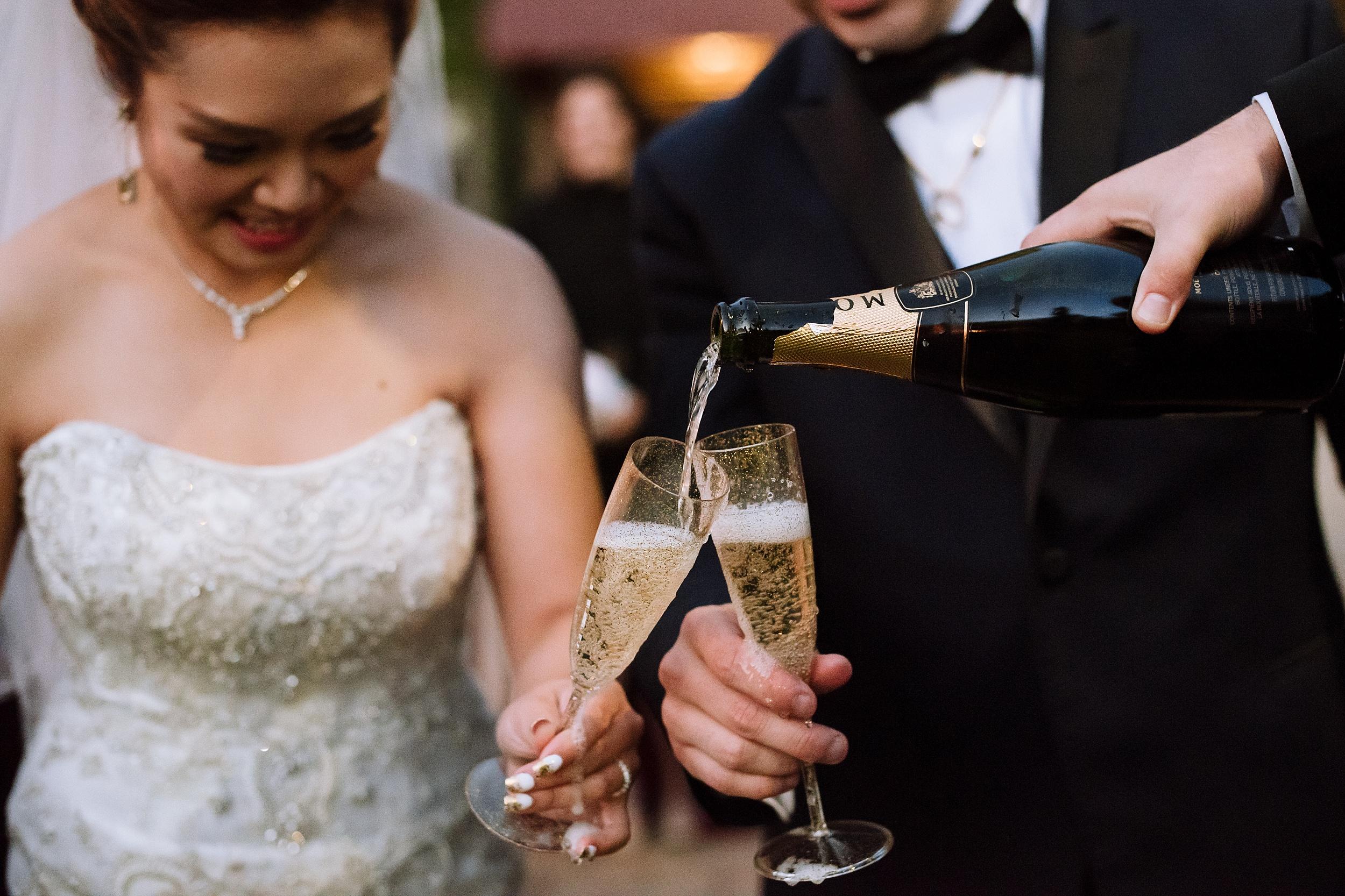 Sunnybrook_Estates_Alexander_Muir_Toronto_Wedding_Photographer_0063.jpg