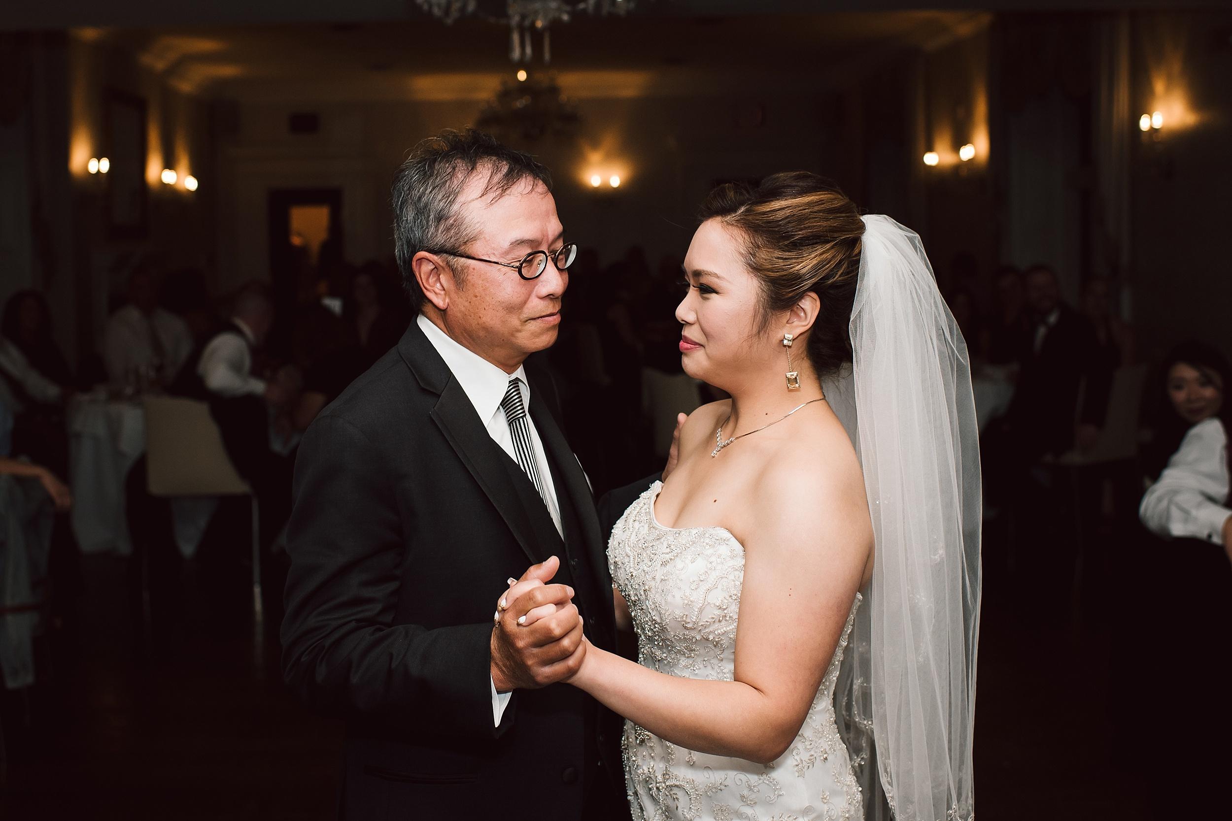 Sunnybrook_Estates_Alexander_Muir_Toronto_Wedding_Photographer_0076.jpg