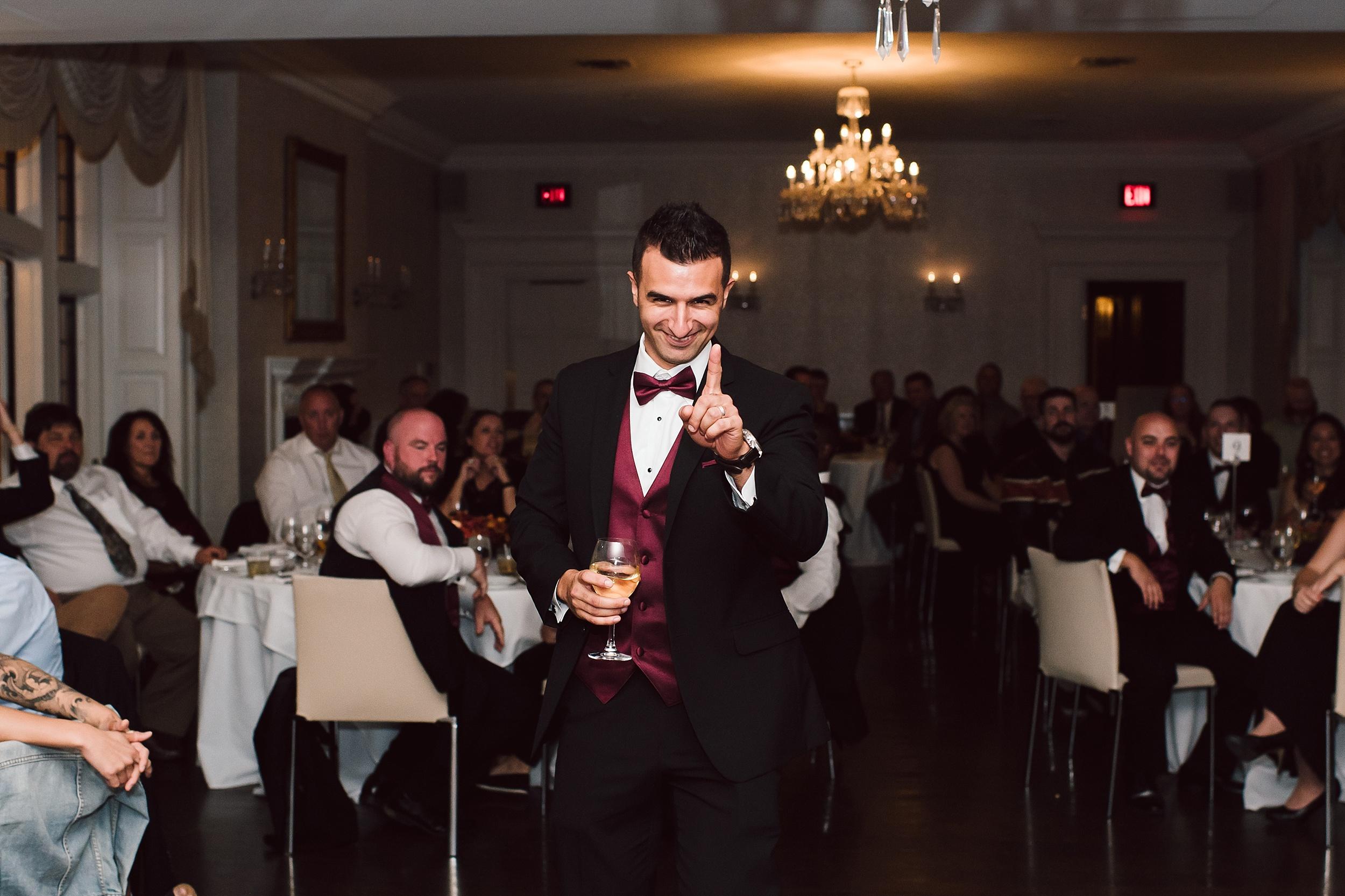 Sunnybrook_Estates_Alexander_Muir_Toronto_Wedding_Photographer_0081.jpg
