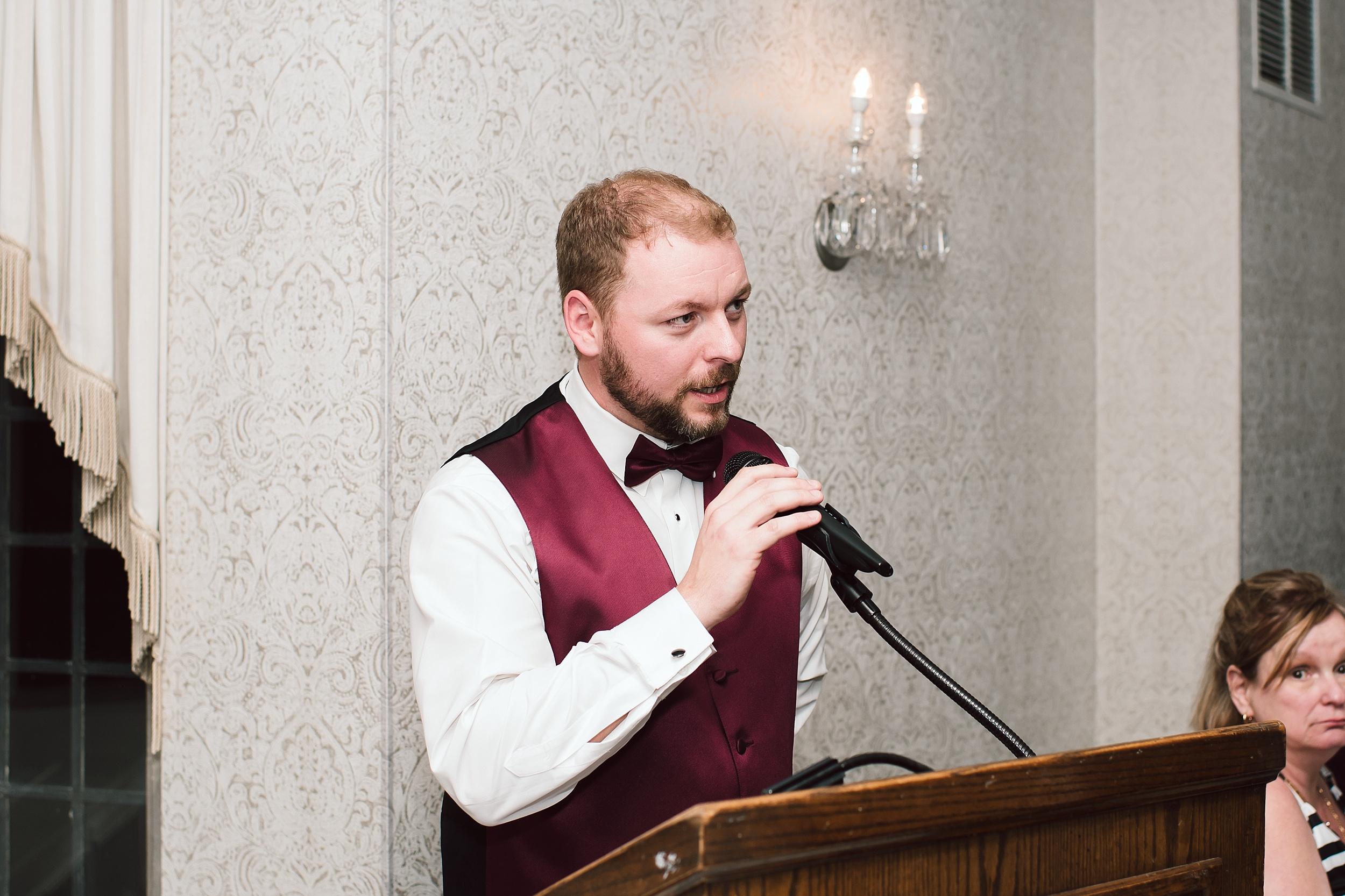 Sunnybrook_Estates_Alexander_Muir_Toronto_Wedding_Photographer_0087.jpg