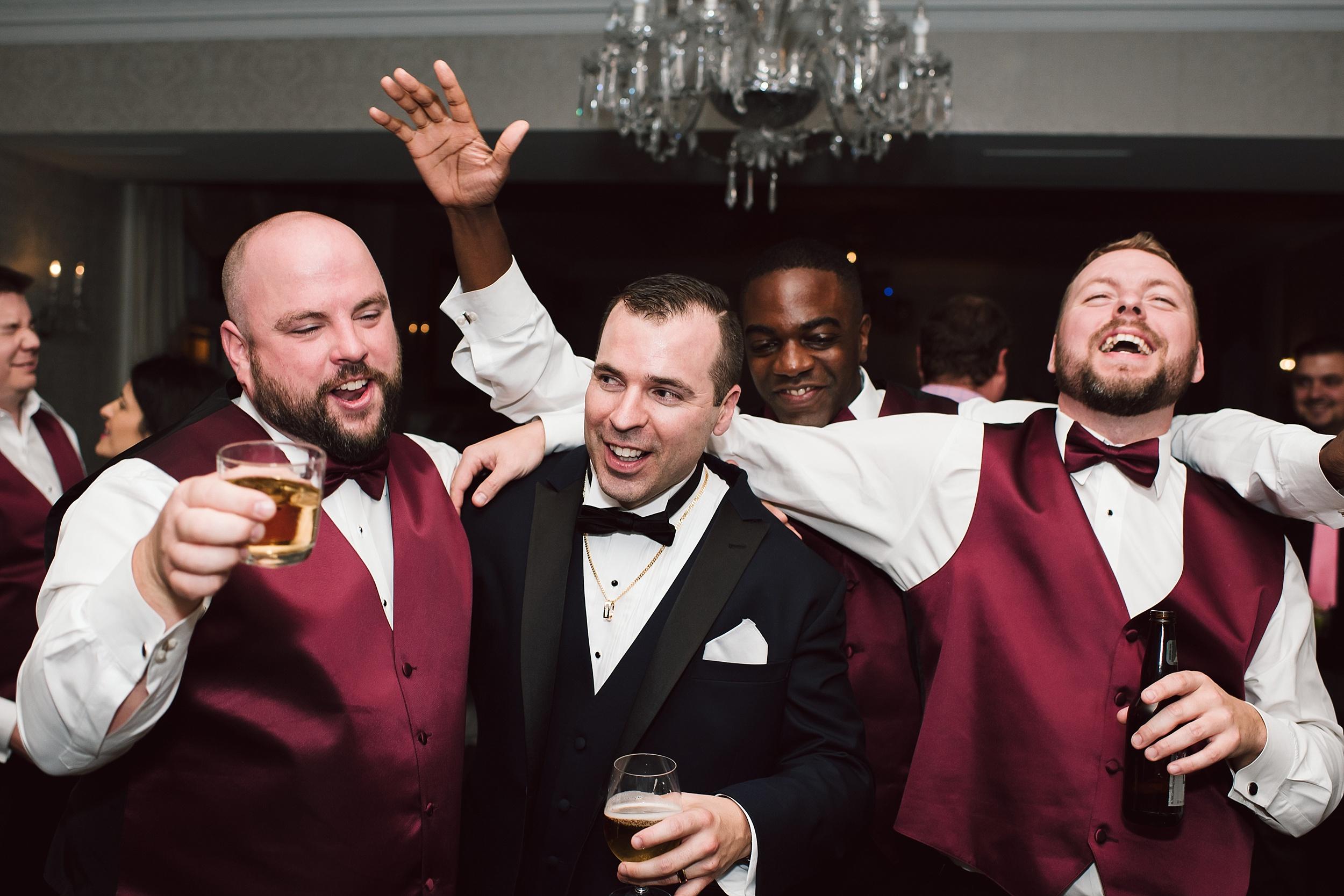 Sunnybrook_Estates_Alexander_Muir_Toronto_Wedding_Photographer_0105.jpg