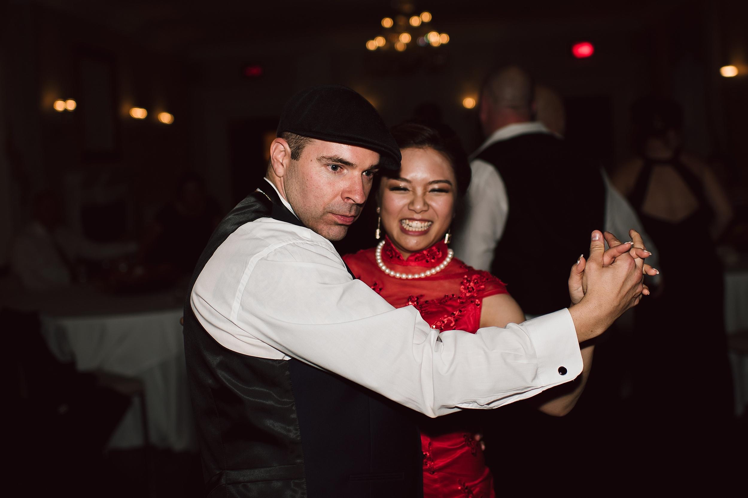 Sunnybrook_Estates_Alexander_Muir_Toronto_Wedding_Photographer_0120.jpg