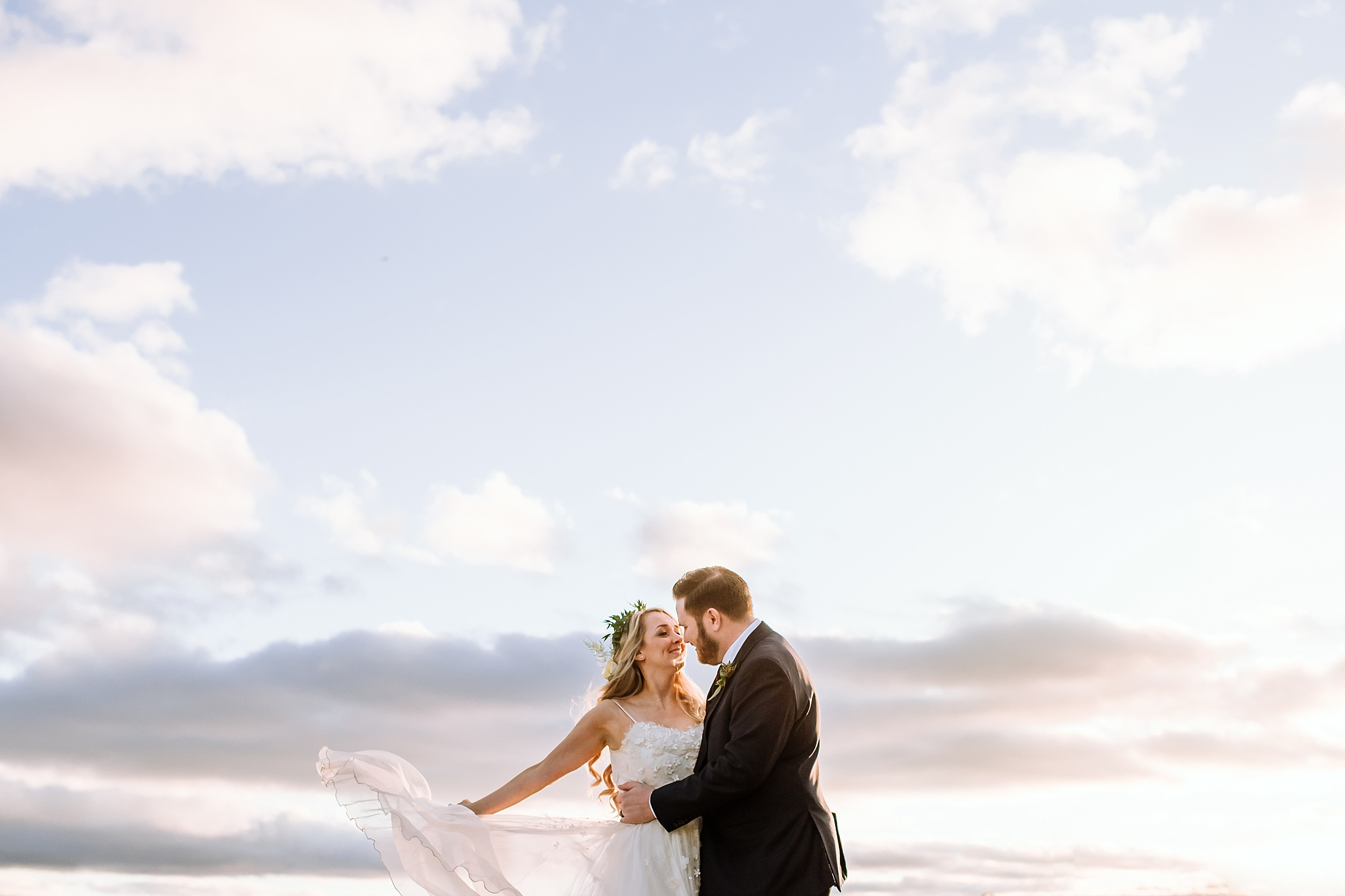 Oakville_Harbour_waterfront_conference_Centre_Toronto_Winter_Wedding_Photographer_0039.jpg