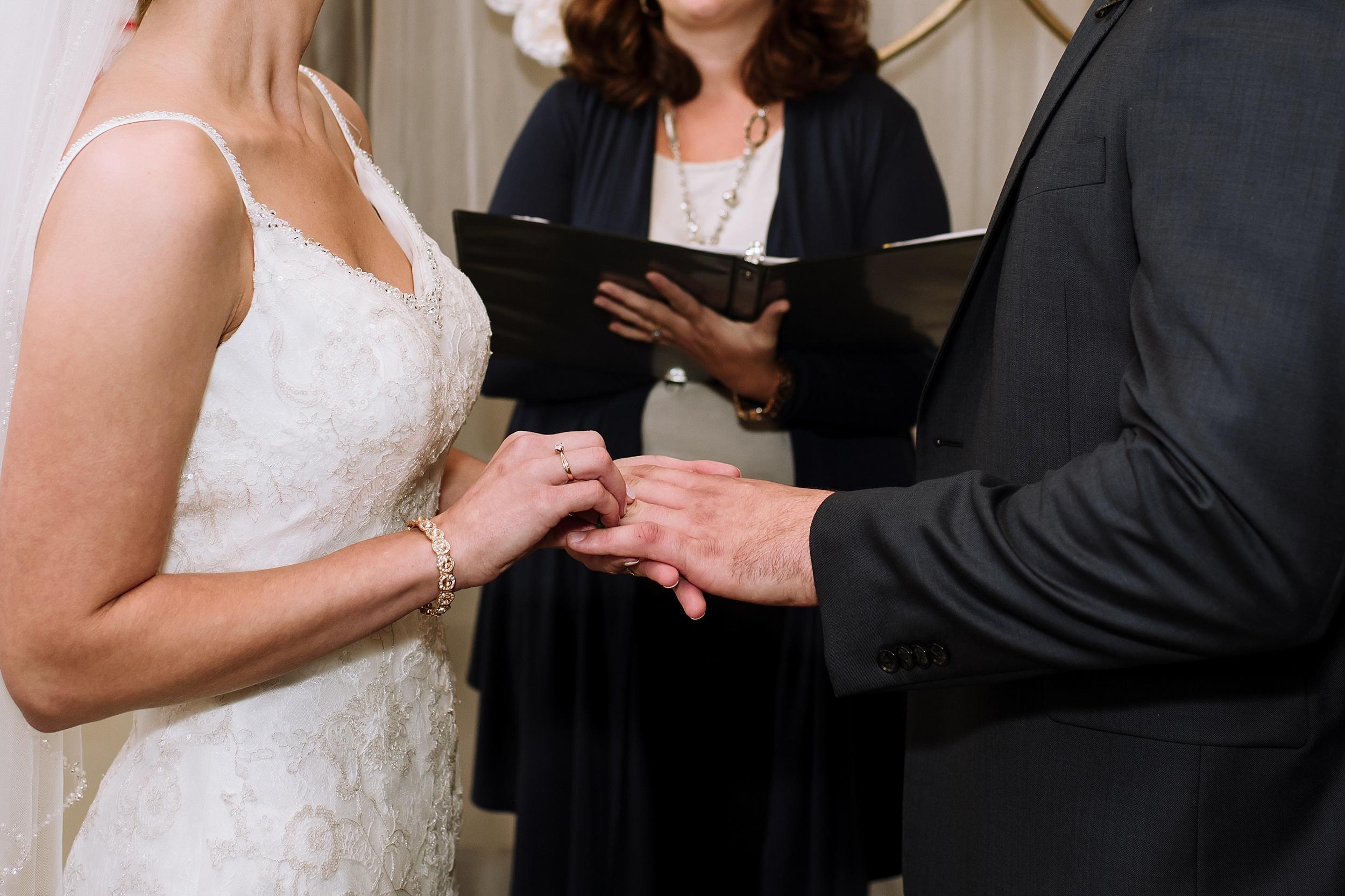 Windemere_Manor_Fall_Wedding_London_Toronto_Wedding_Photographer_0044.jpg