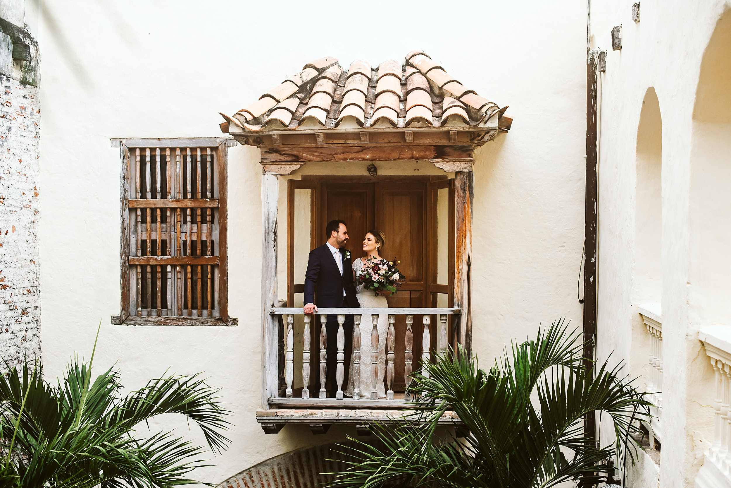 Toronto_Wedding_Photographer_Colombia_Destination_Wedding_0023.jpg