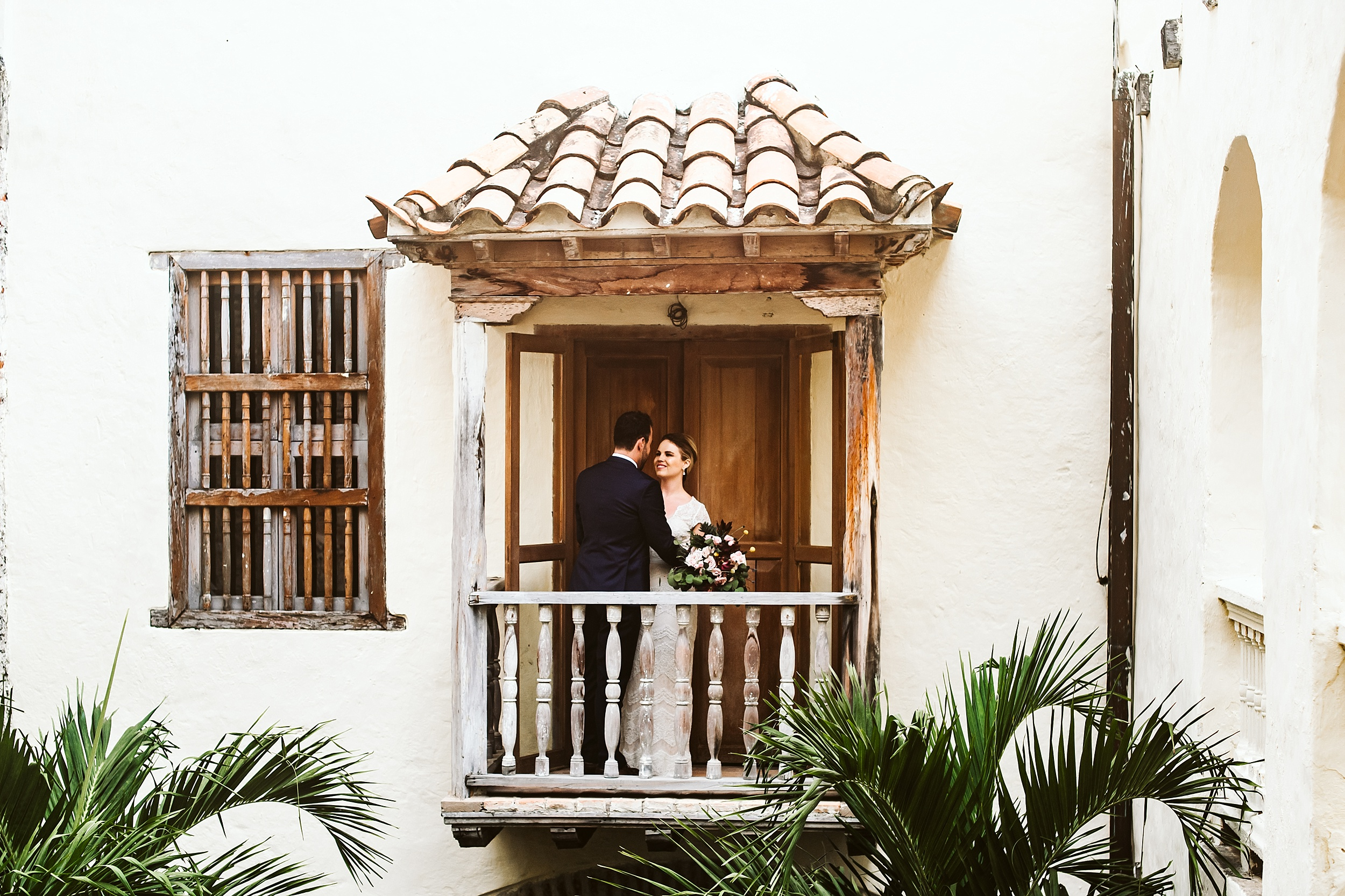 Toronto_Wedding_Photographer_Colombia_Destination_Wedding_0024.jpg
