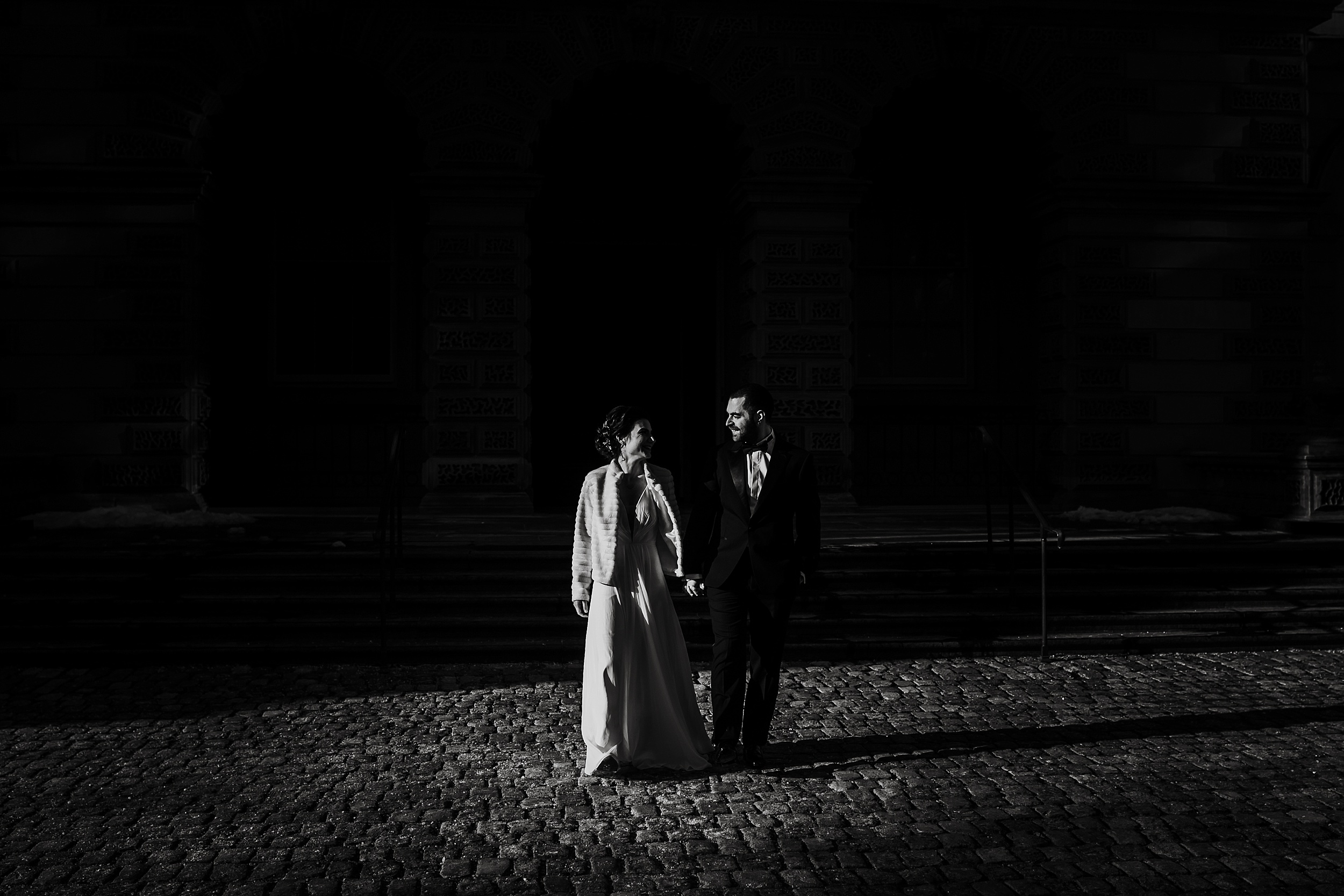 Toronto_City_Hall_Elopement_Wedding_Photographer001.jpg