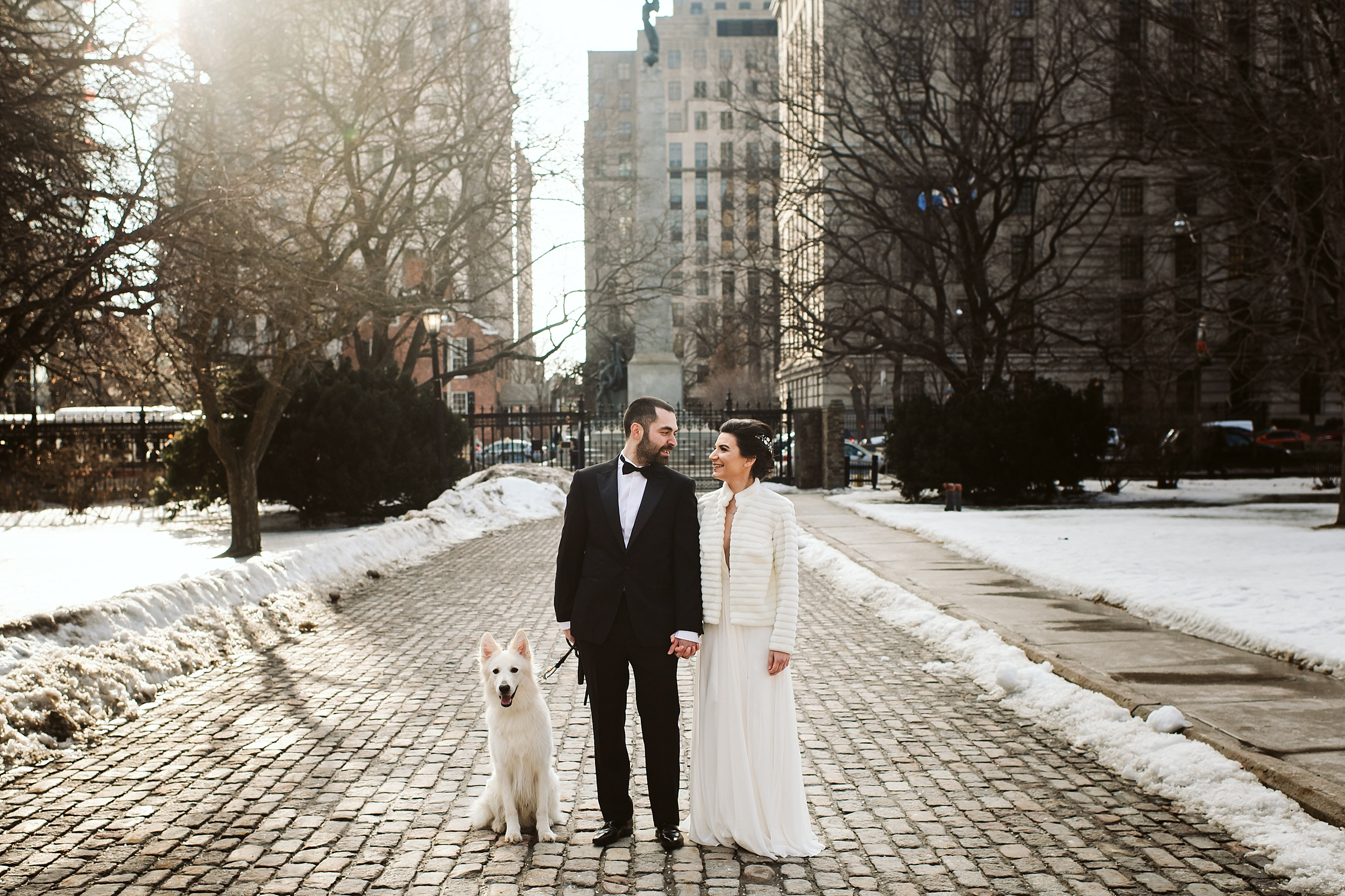 Toronto_City_Hall_Elopement_Wedding_Photographer003.jpg