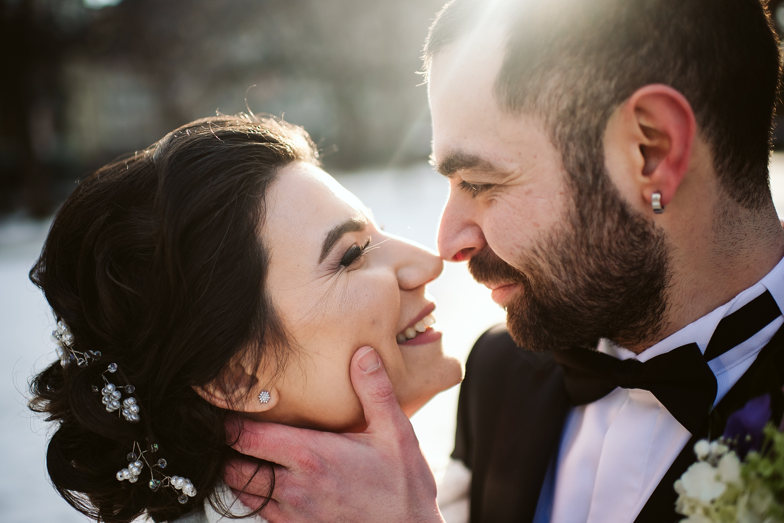 Toronto_City_Hall_Elopement_Wedding_Photographer009.jpg