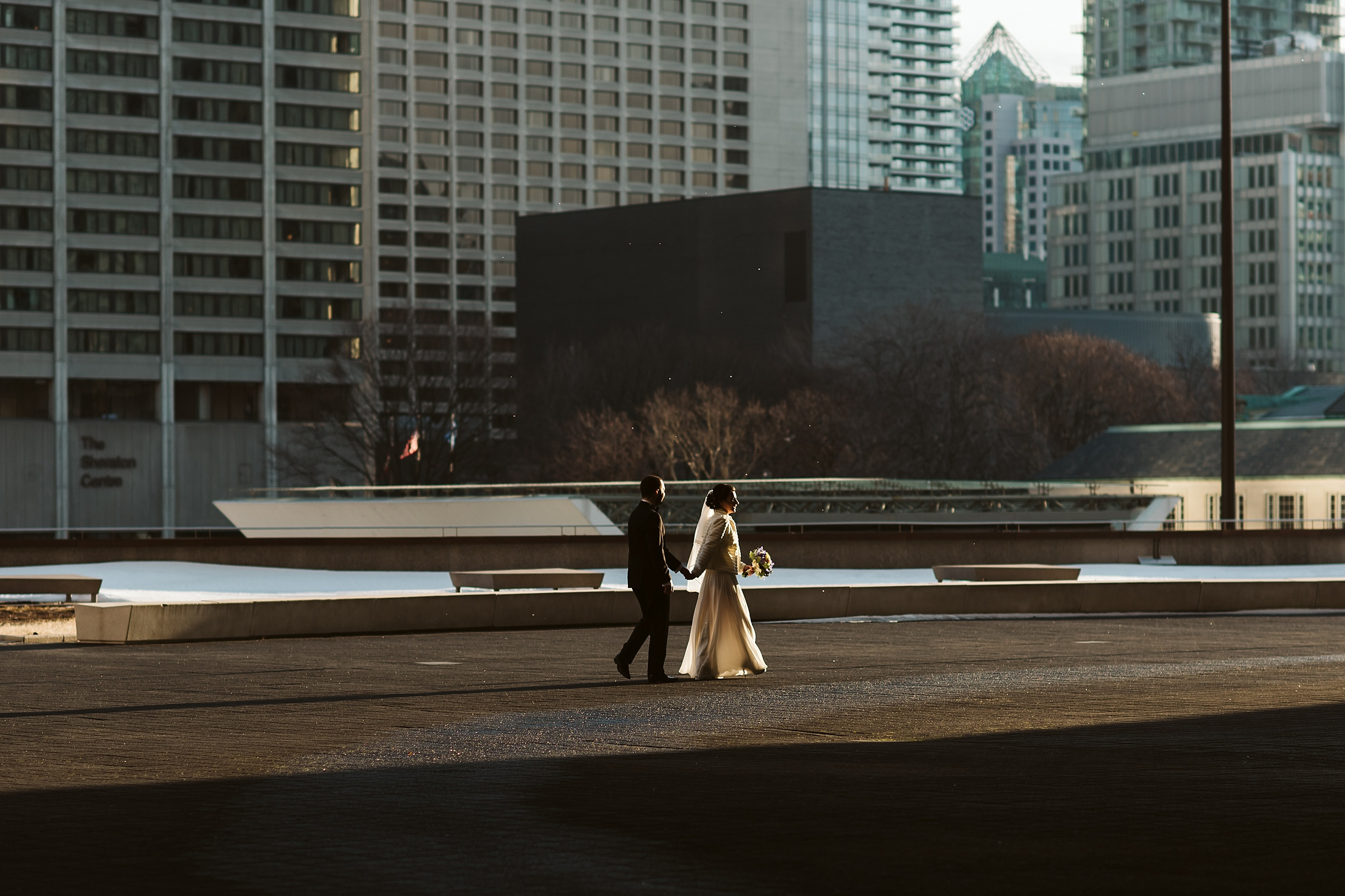 Toronto_City_Hall_Elopement_Wedding_Photographer014.jpg