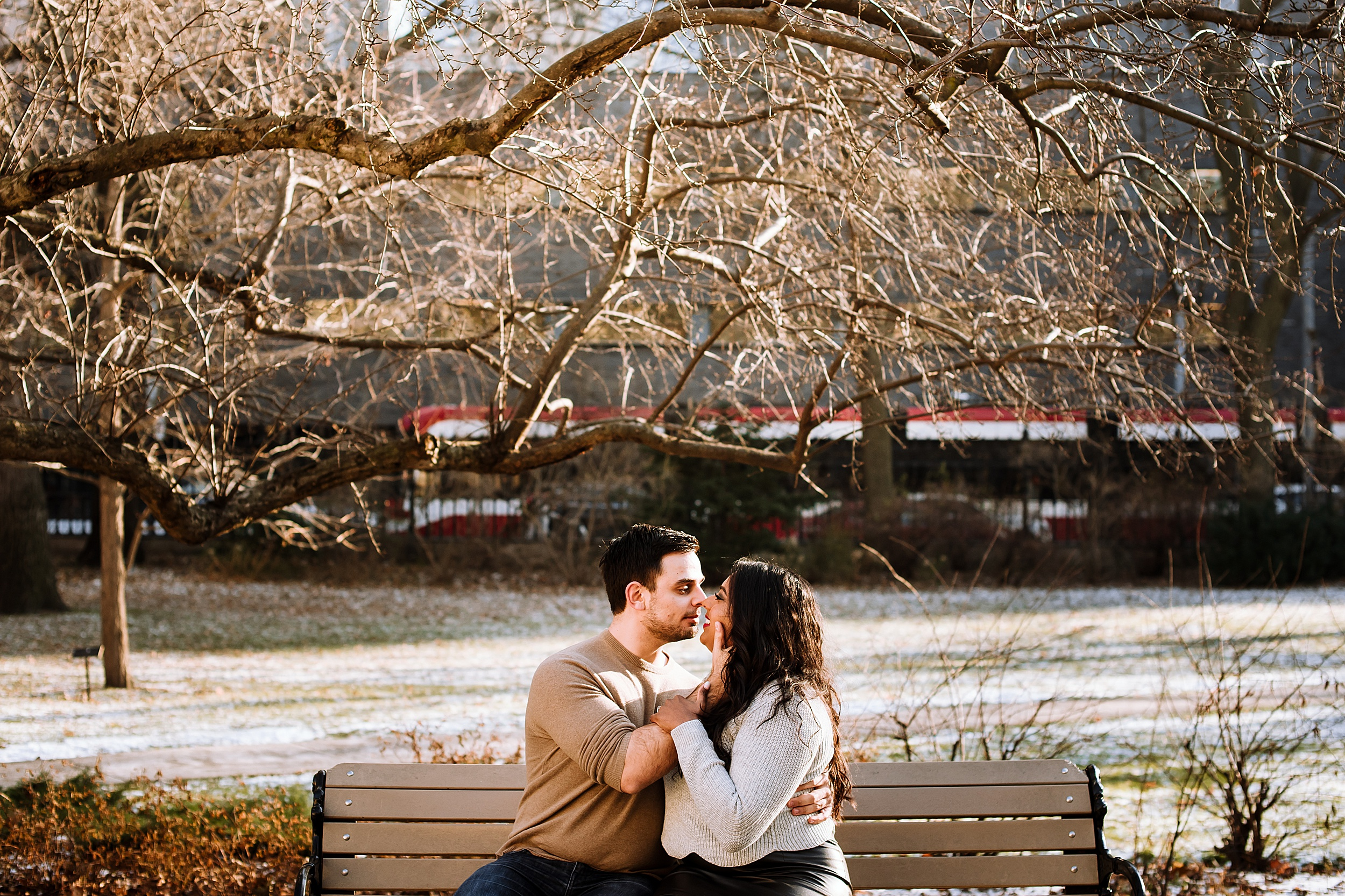 Toronto_Wedding_Engagement_Photographers_Osgoode_Hall_0007.jpg