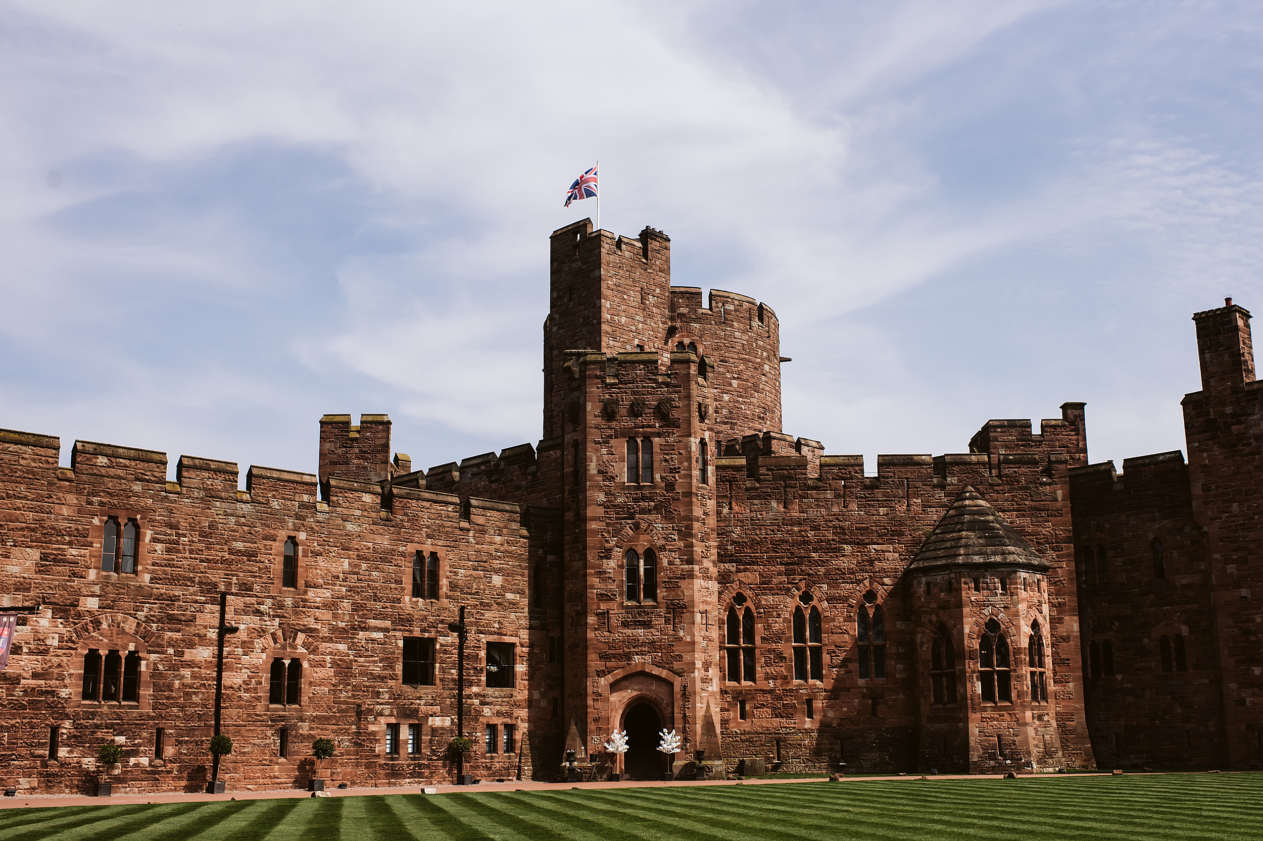 Peckforton_Castle_Cheshire_Toronto_Wedding_Photographer_UK_Destination_Wedding_0001.jpg
