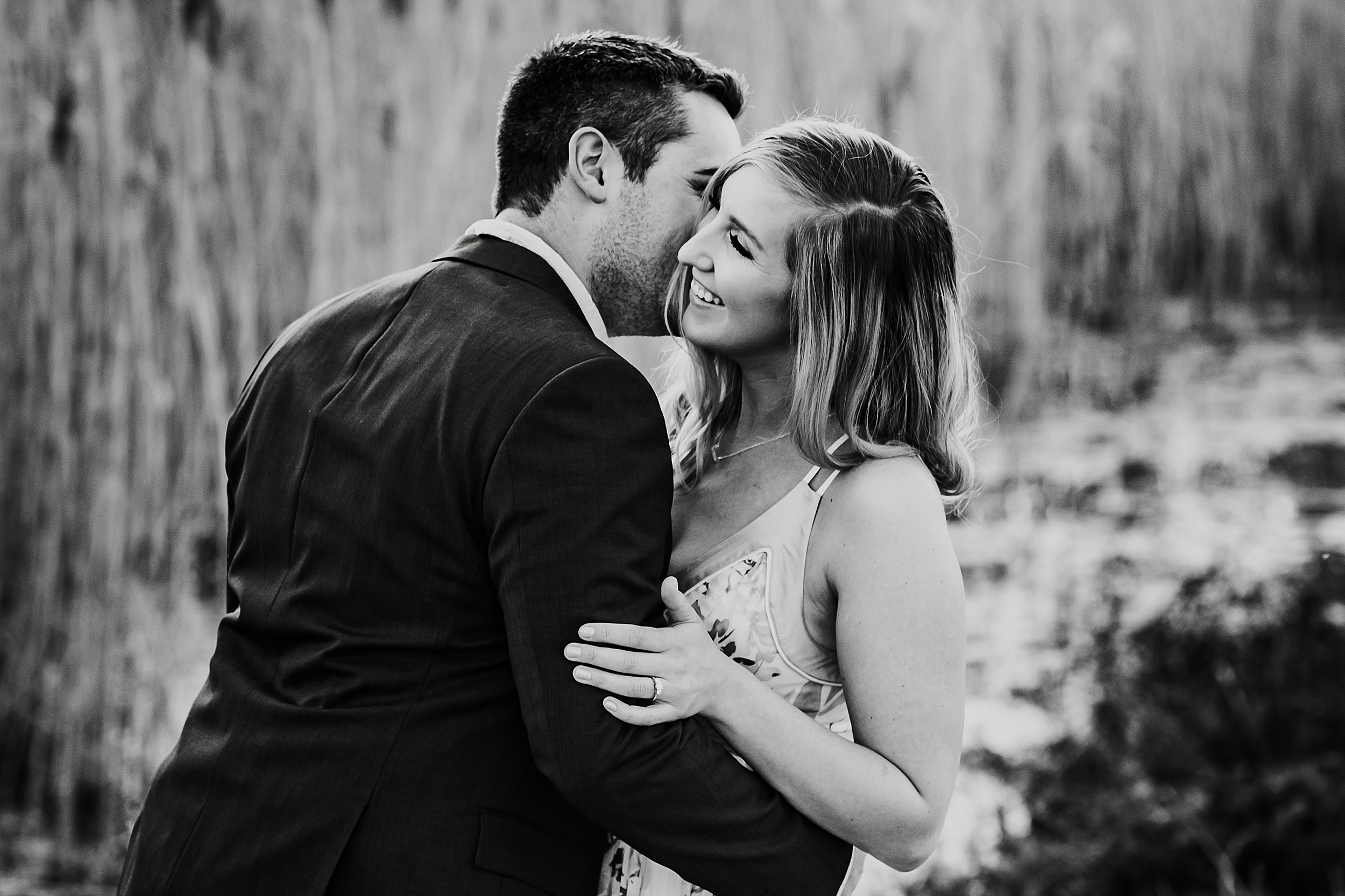Toronto_Wedding_Photographers_Humber_Bay_Engagement_Shoot_Etobicoke_0002.jpg