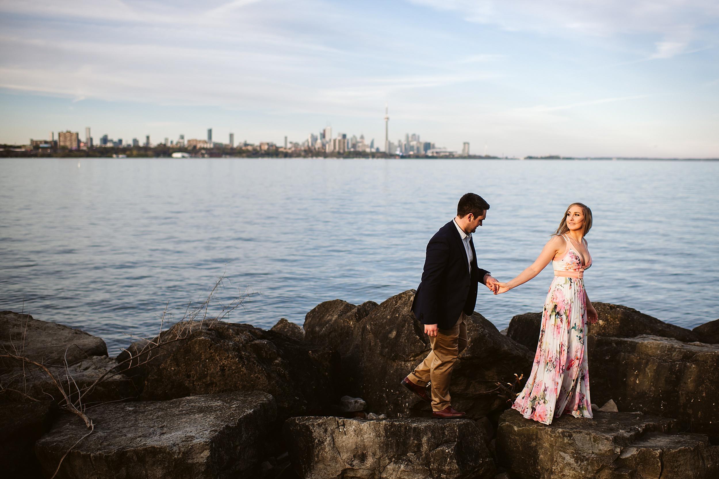 Toronto_Wedding_Photographers_Humber_Bay_Engagement_Shoot_Etobicoke_0007.jpg