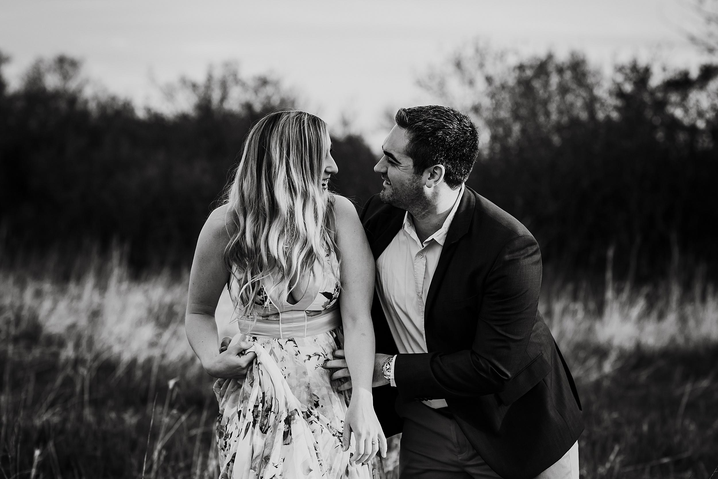 Toronto_Wedding_Photographers_Humber_Bay_Engagement_Shoot_Etobicoke_0010.jpg