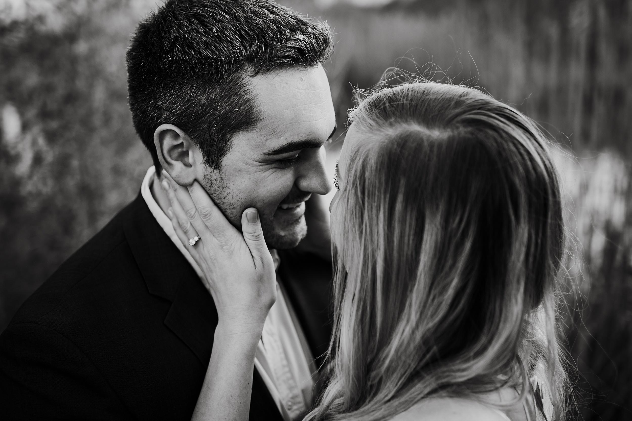 Toronto_Wedding_Photographers_Humber_Bay_Engagement_Shoot_Etobicoke_0014.jpg