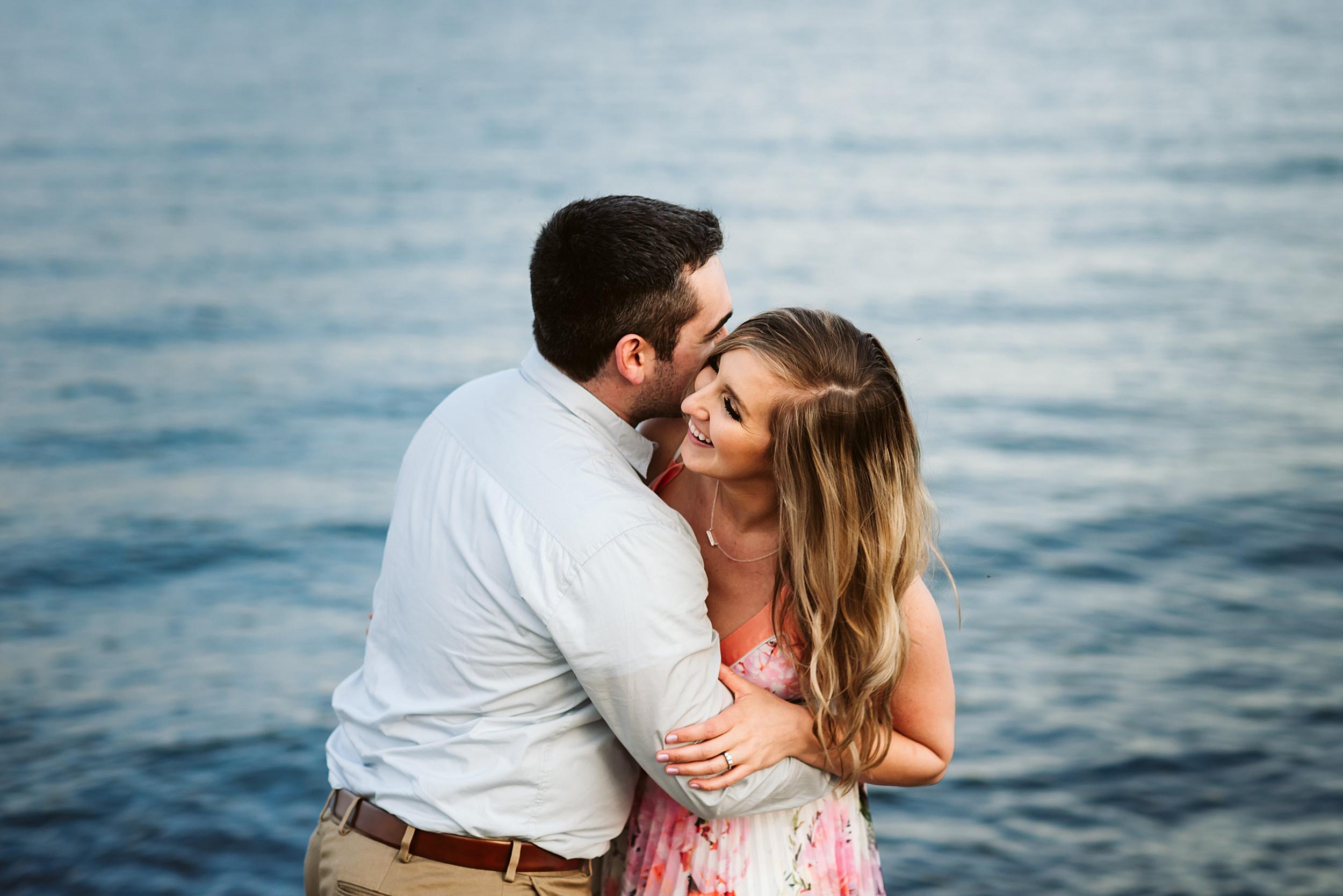 Toronto_Wedding_Photographers_Humber_Bay_Engagement_Shoot_Etobicoke_0022.jpg