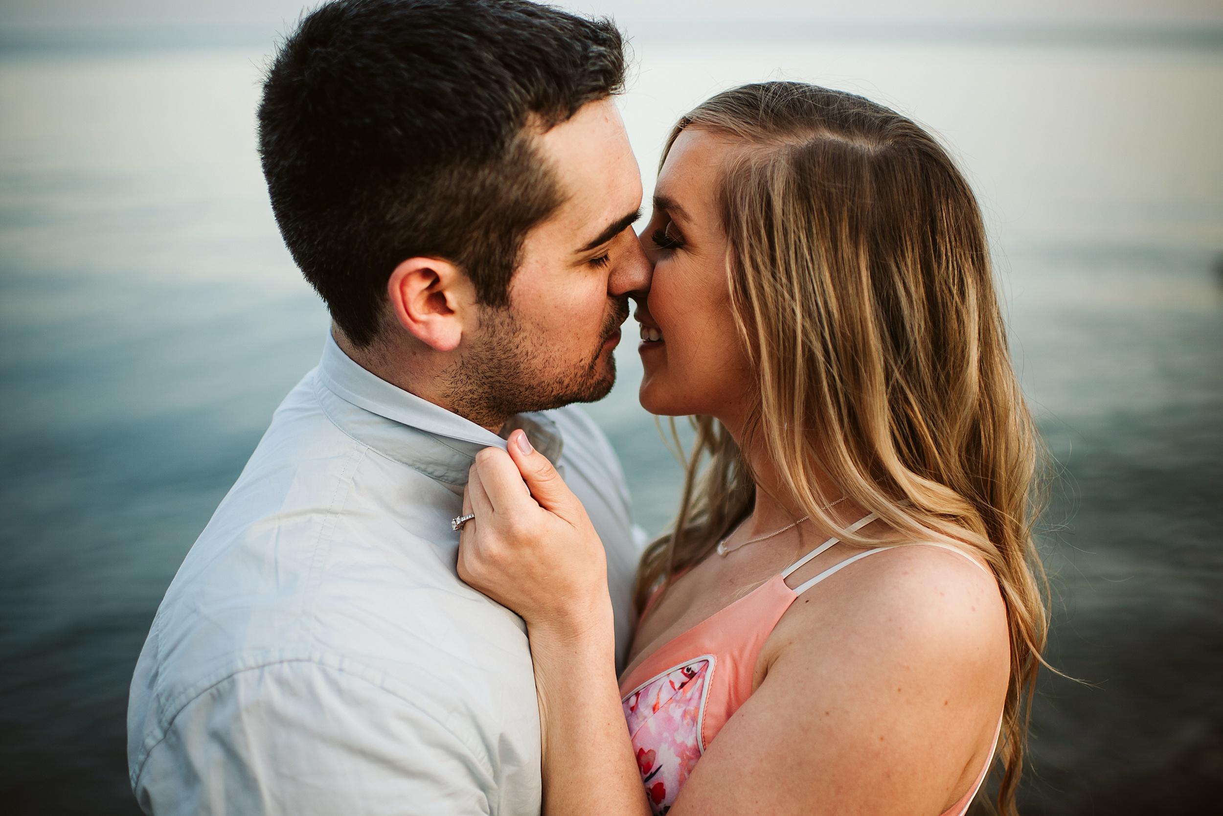 Toronto_Wedding_Photographers_Humber_Bay_Engagement_Shoot_Etobicoke_0028.jpg