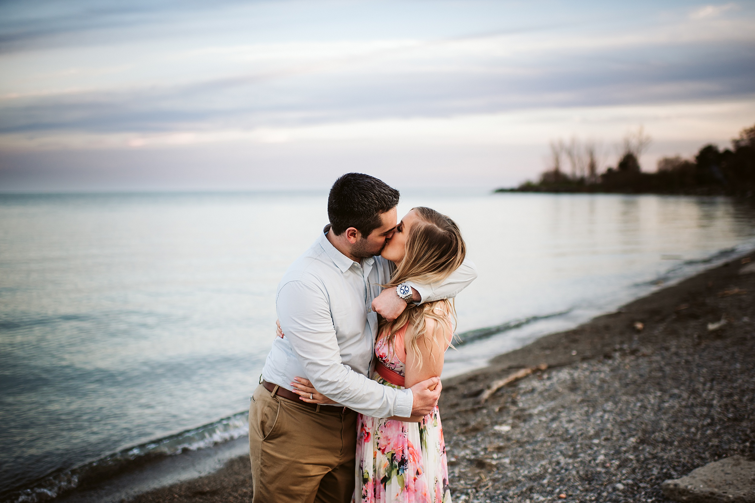 Toronto_Wedding_Photographers_Humber_Bay_Engagement_Shoot_Etobicoke_0030.jpg