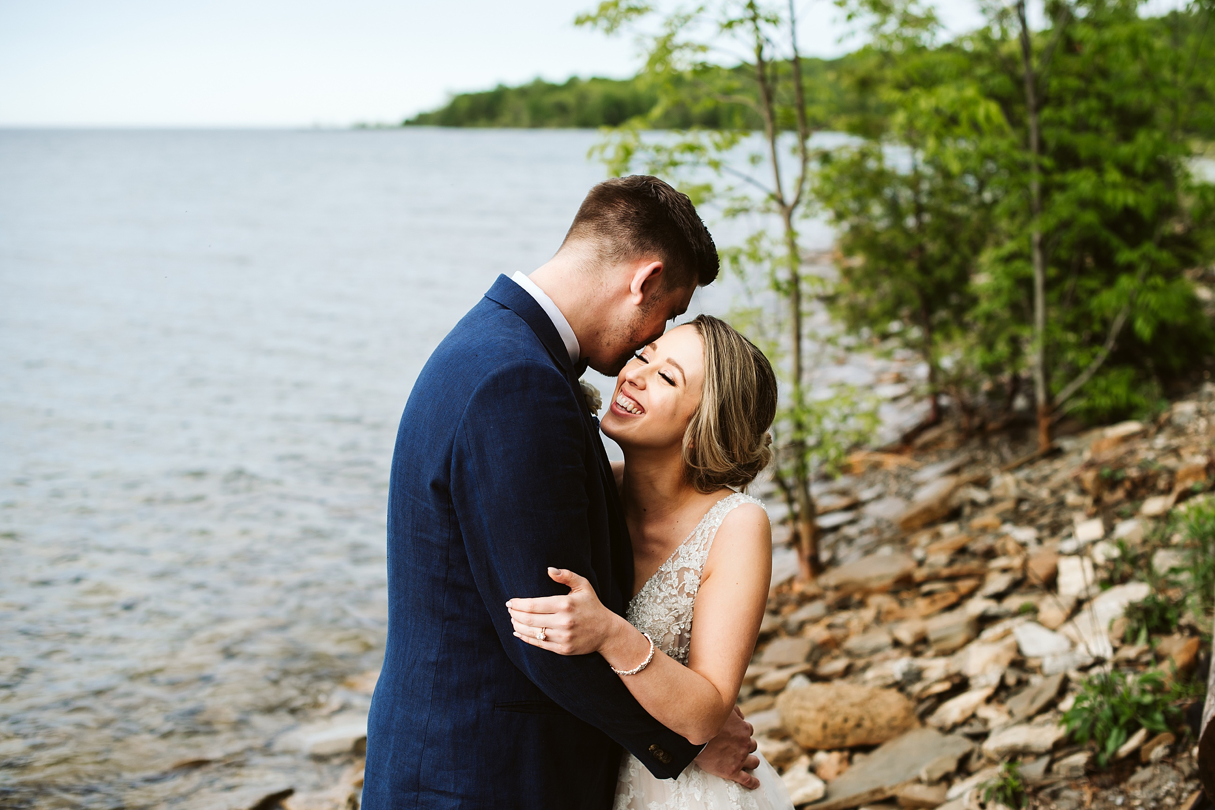 Toronto-Wedding-Photographers-Serenity-Cottage-Annan-Owen-Sound_0022.jpg