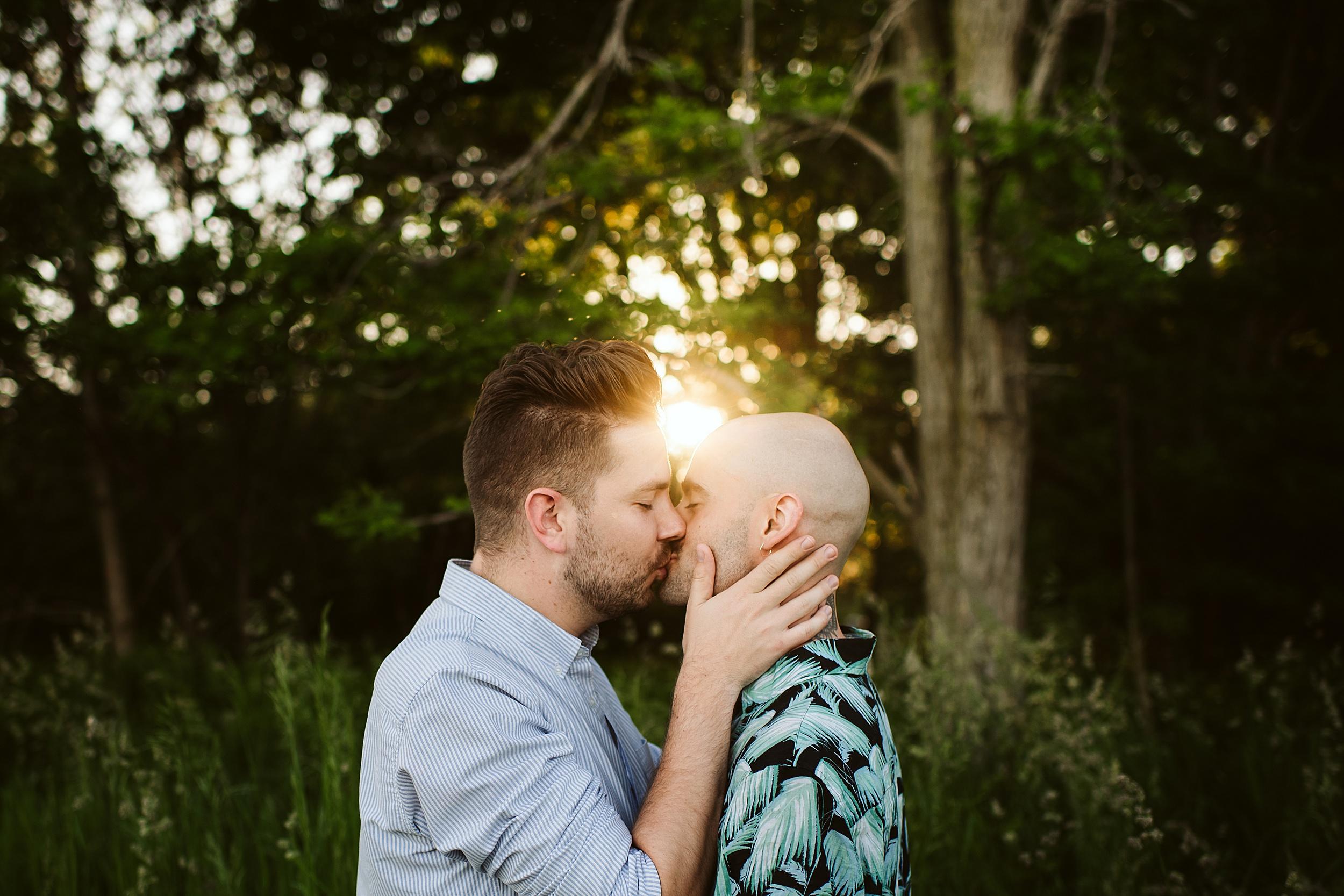Toronto-Wedding-Photographers-Engagement-Shoot-Woodbine-Bay-Ashbridges-Bay_0011.jpg