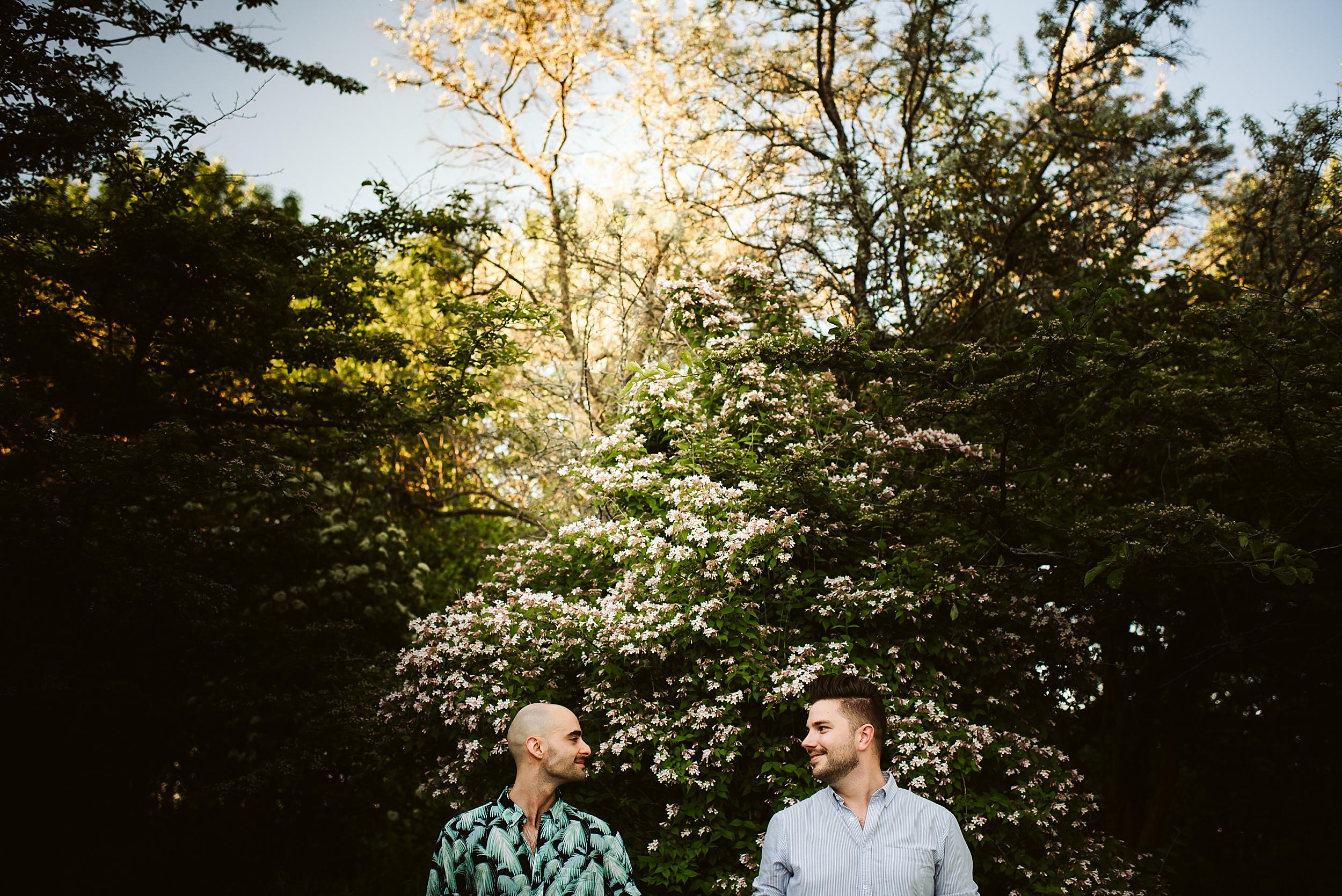 Toronto-Wedding-Photographers-Engagement-Shoot-Woodbine-Bay-Ashbridges-Bay_0015.jpg