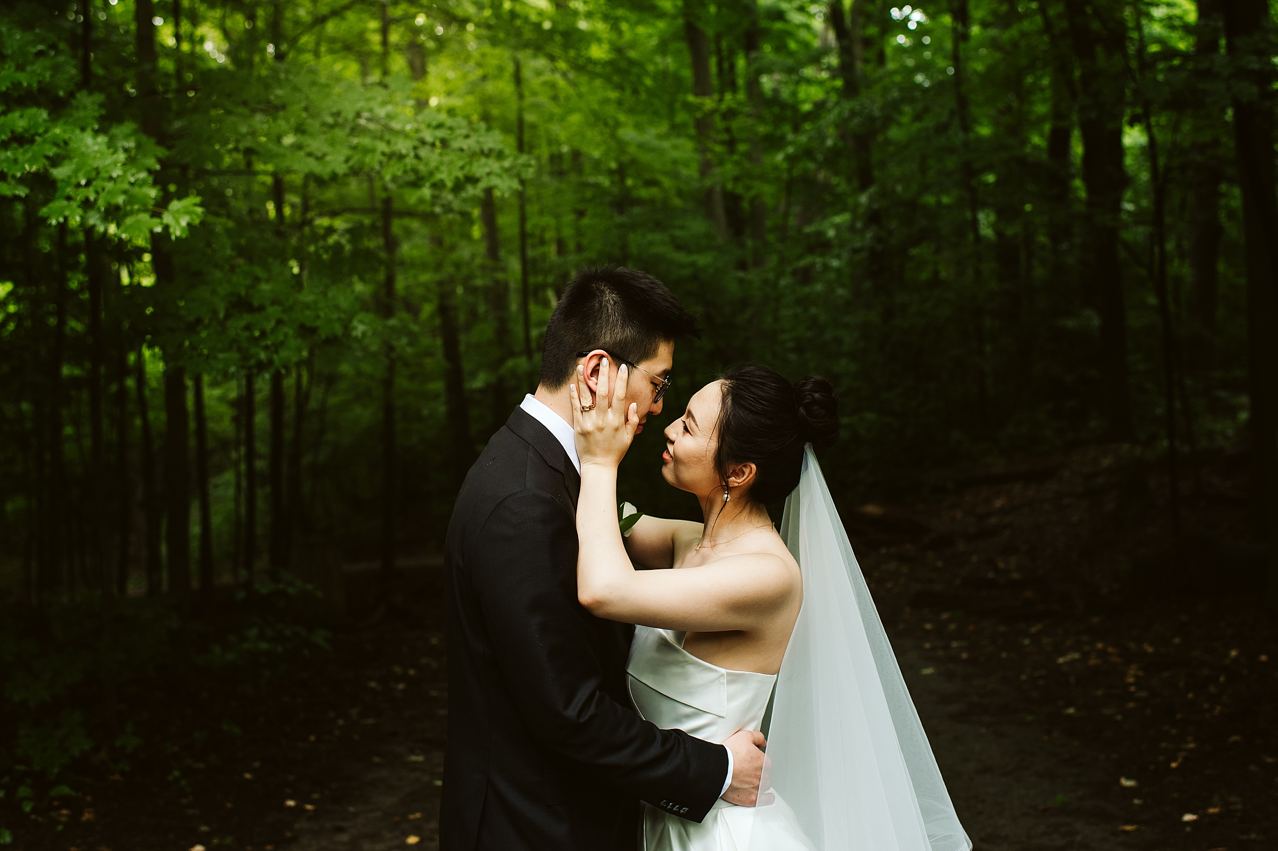 Kortright-Centre-Wedding-Toronto-Wedding-Photographers-Vaughan_0006.jpg