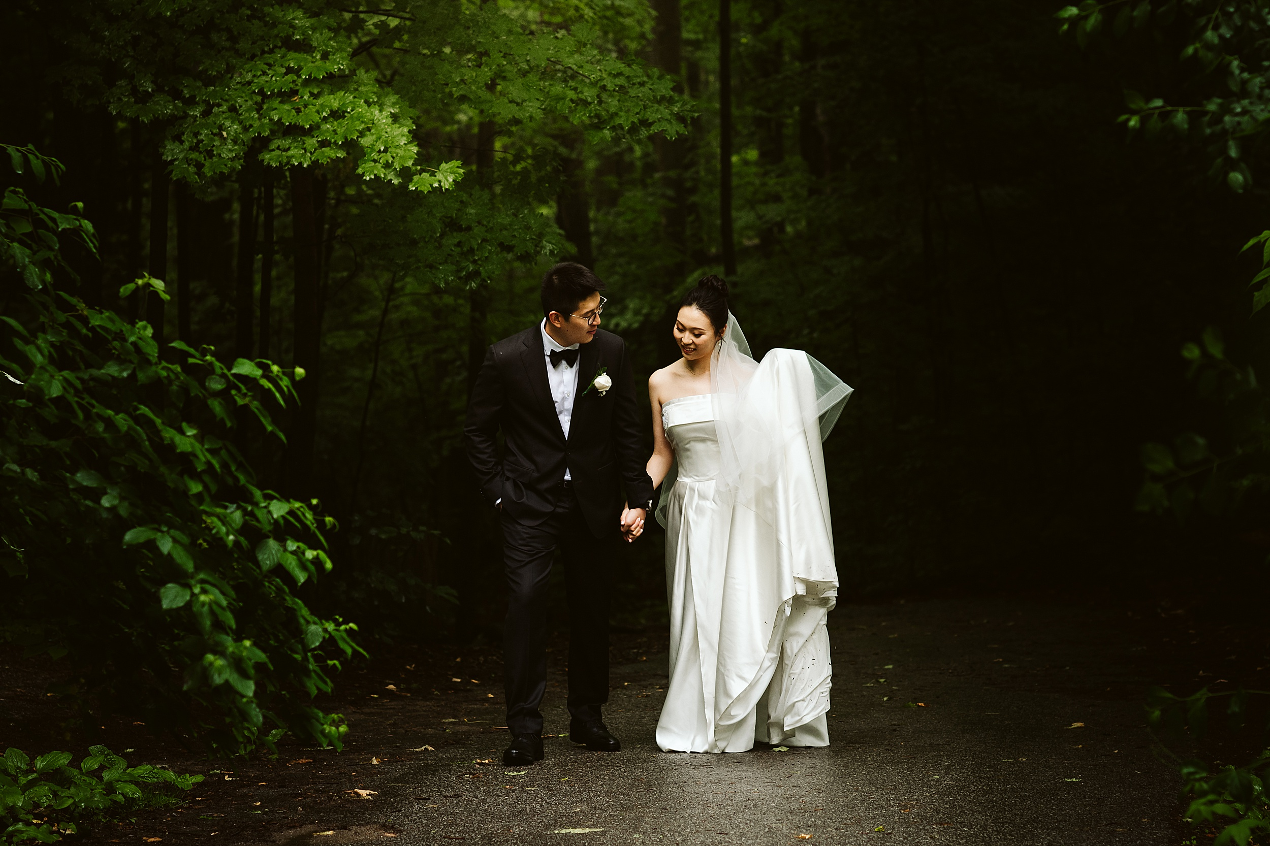 Kortright-Centre-Wedding-Toronto-Wedding-Photographers-Vaughan_0008.jpg