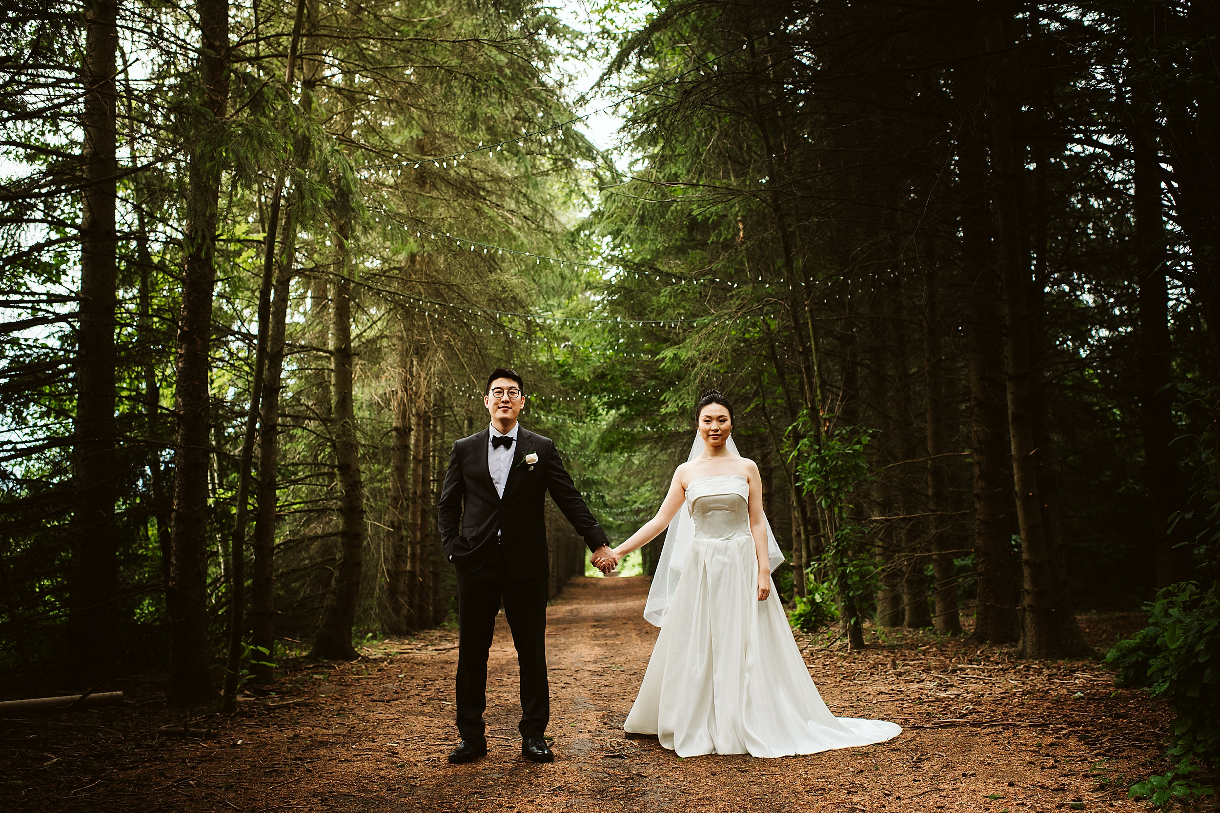 Kortright-Centre-Wedding-Toronto-Wedding-Photographers-Vaughan_0012.jpg