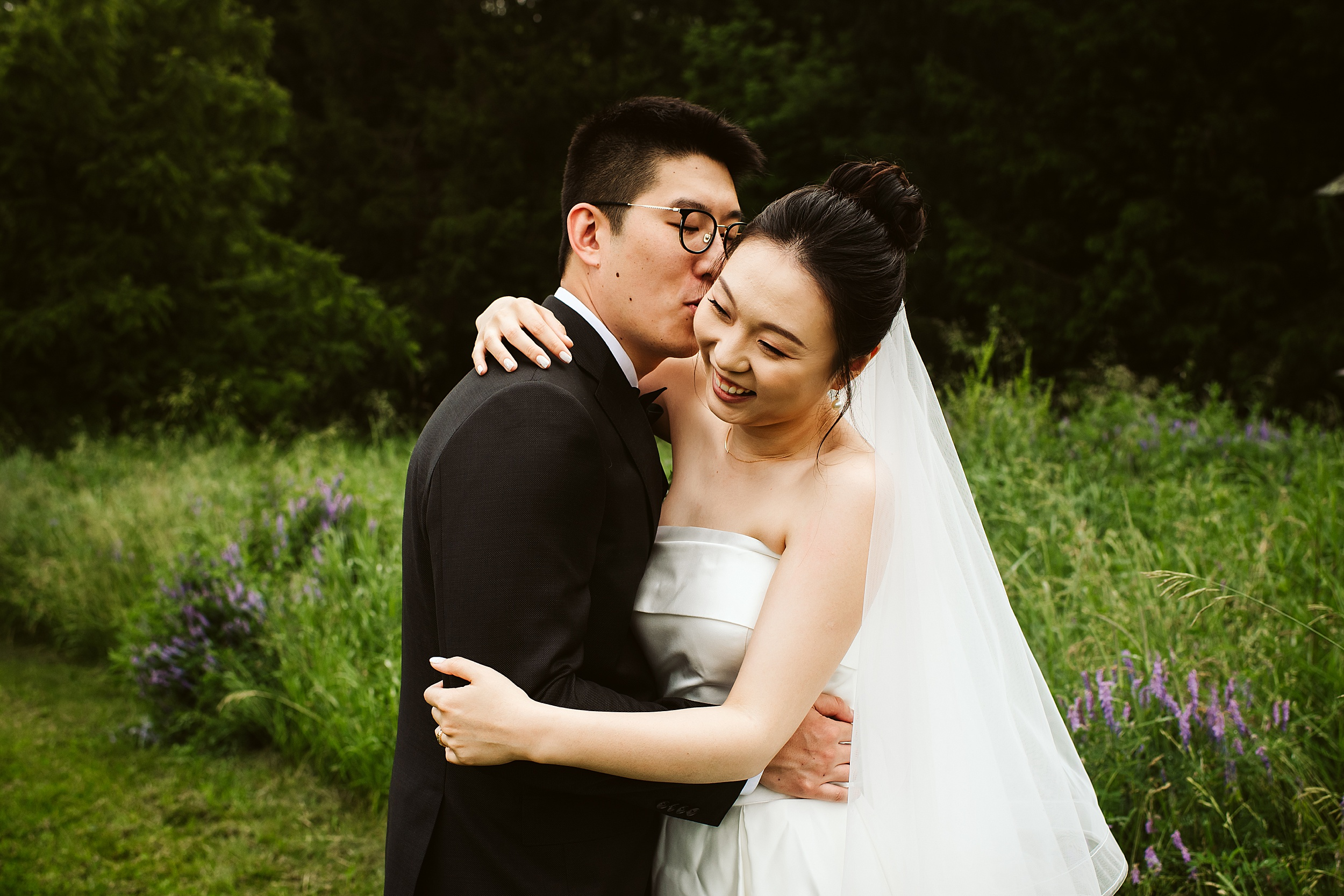 Kortright-Centre-Wedding-Toronto-Wedding-Photographers-Vaughan_0027.jpg