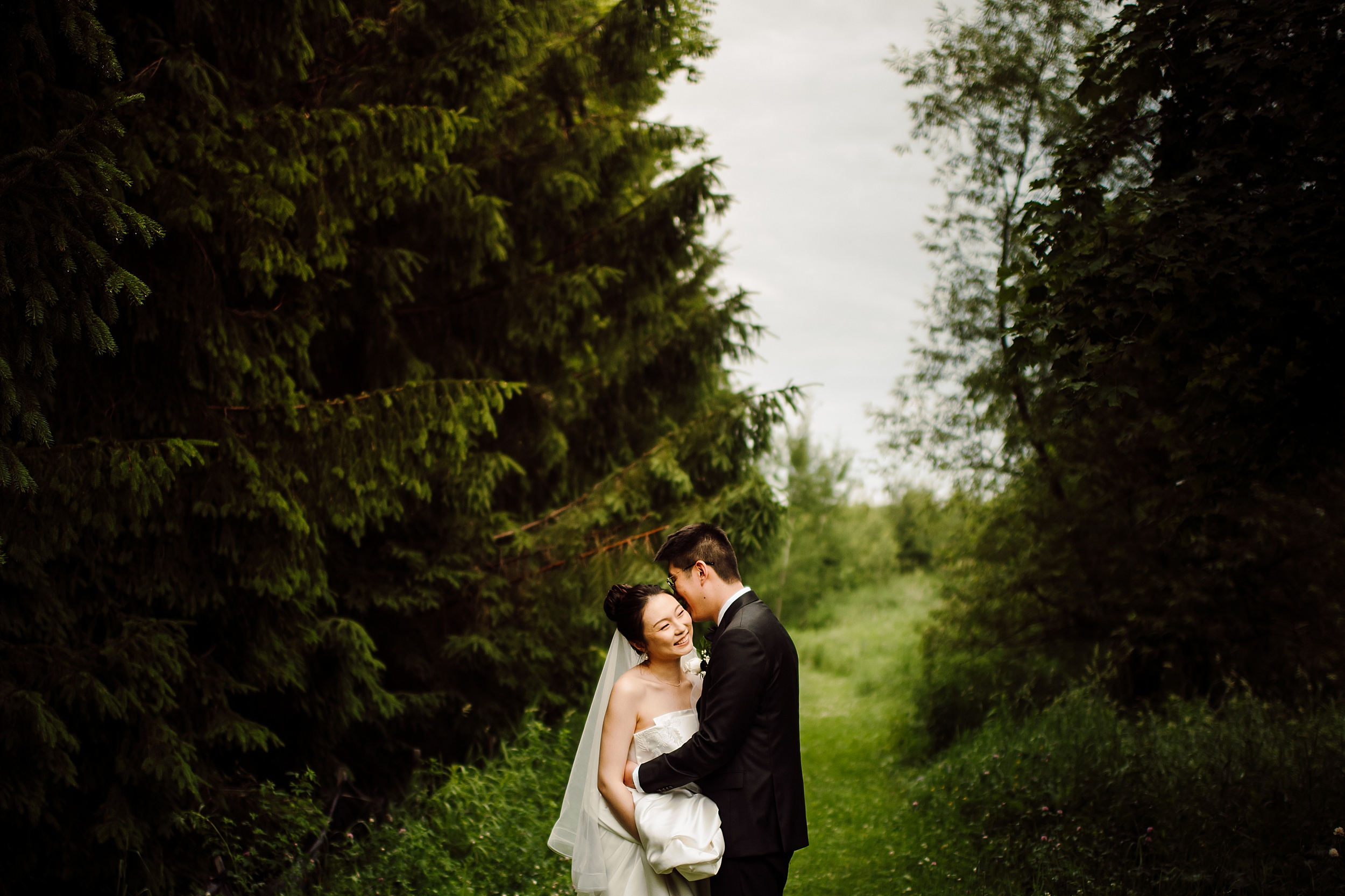 Kortright-Centre-Wedding-Toronto-Wedding-Photographers-Vaughan_0036.jpg