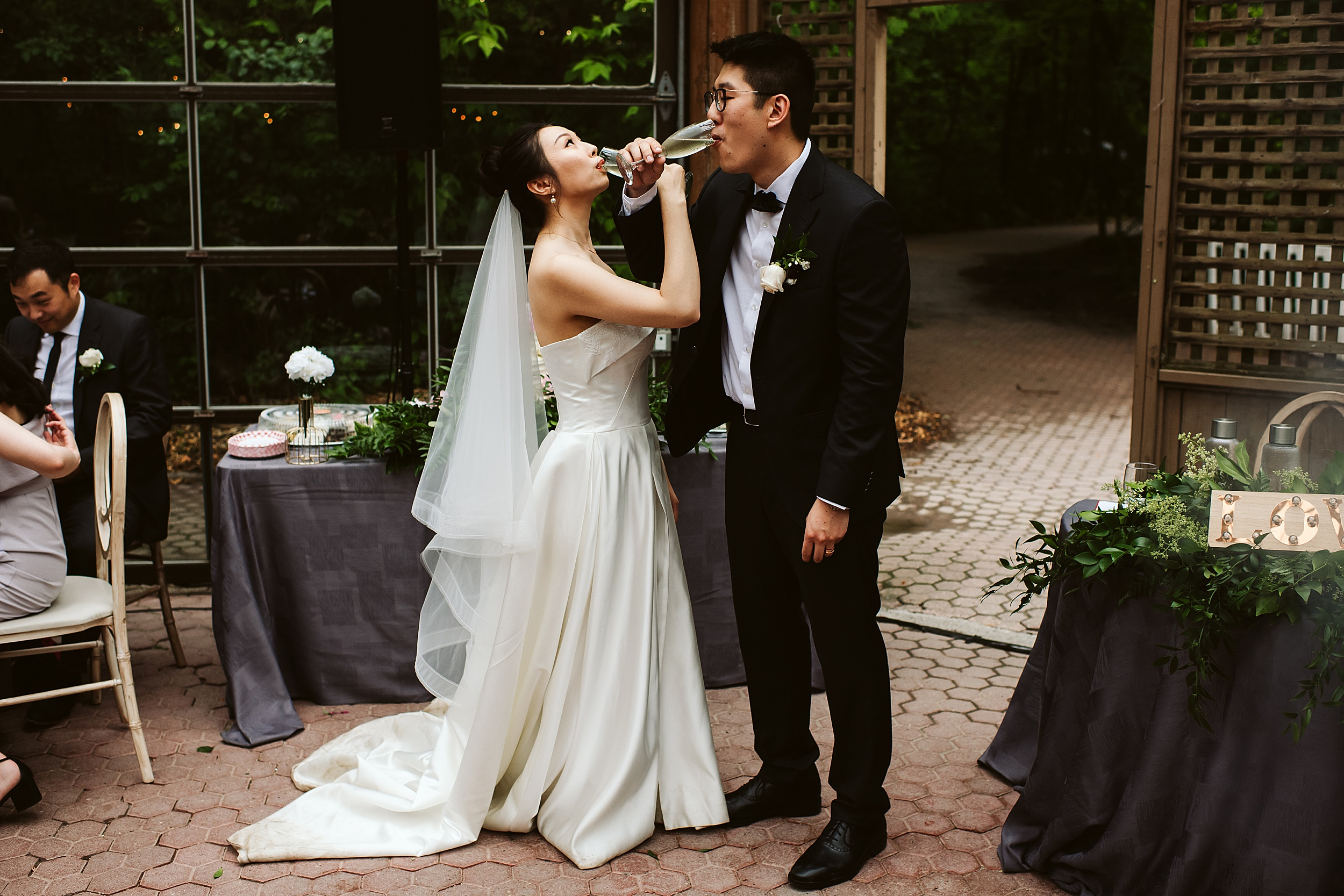 Kortright-Centre-Wedding-Toronto-Wedding-Photographers-Vaughan_0069.jpg