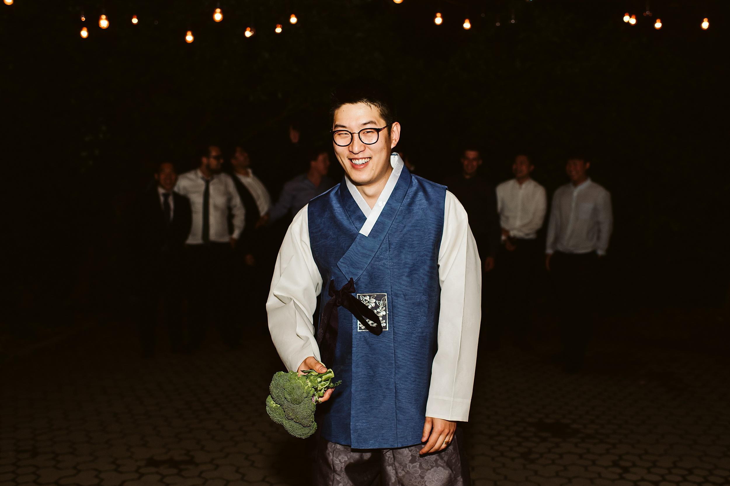 Kortright-Centre-Wedding-Toronto-Wedding-Photographers-Vaughan_0087.jpg
