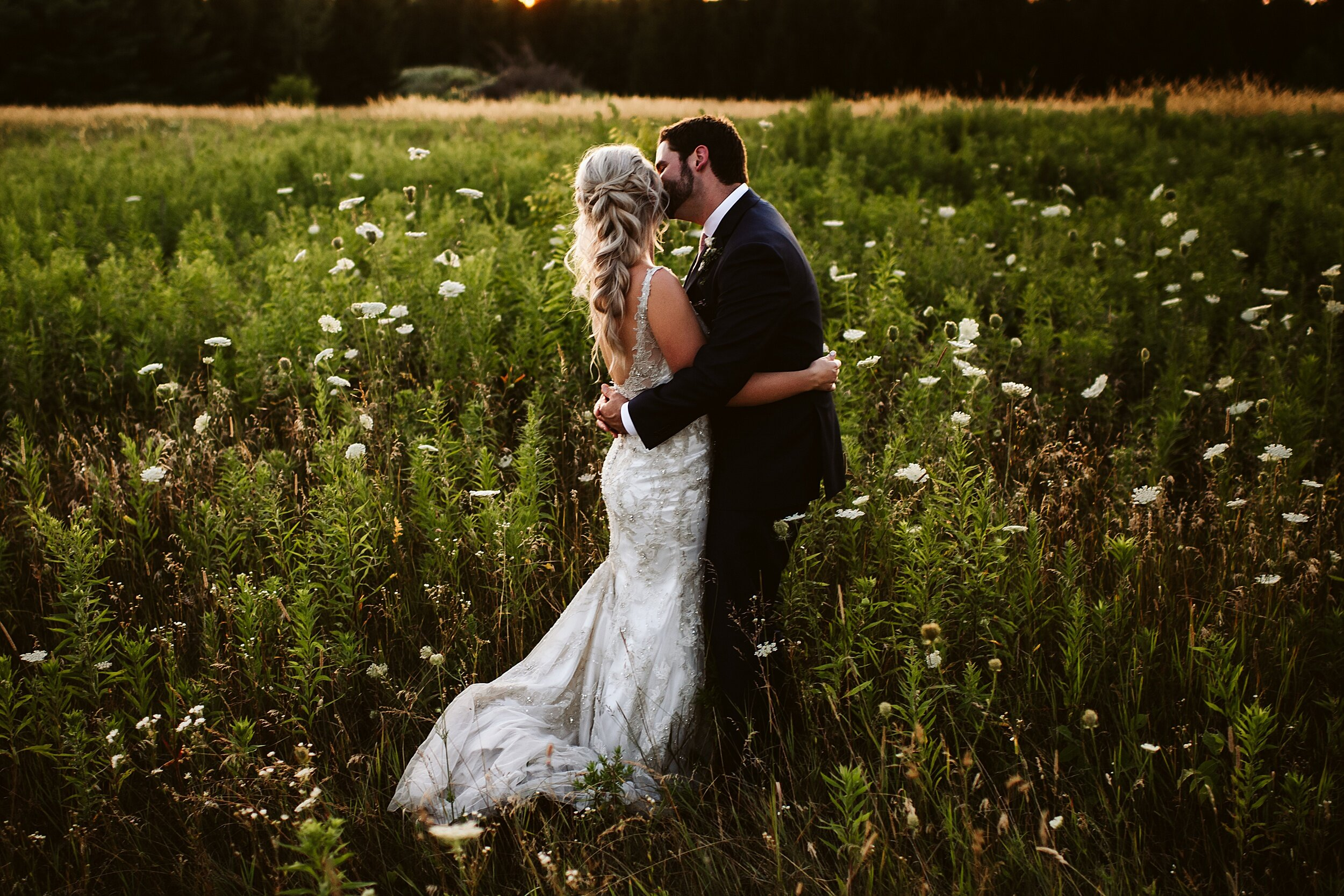 Belcroft-estates-barn-wedding-toronto-photographers_0061.jpg