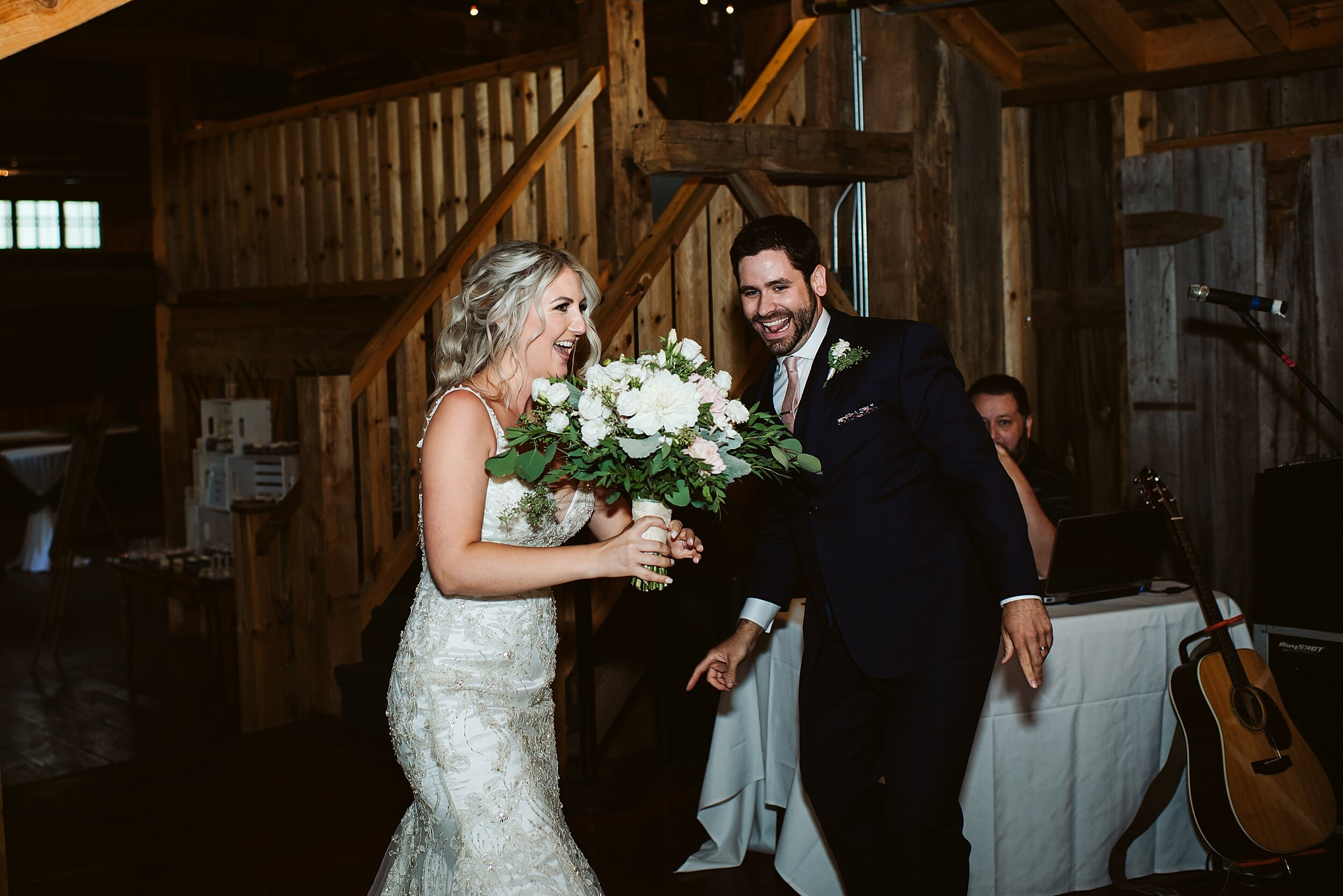 Belcroft-estates-barn-wedding-toronto-photographers_0066.jpg