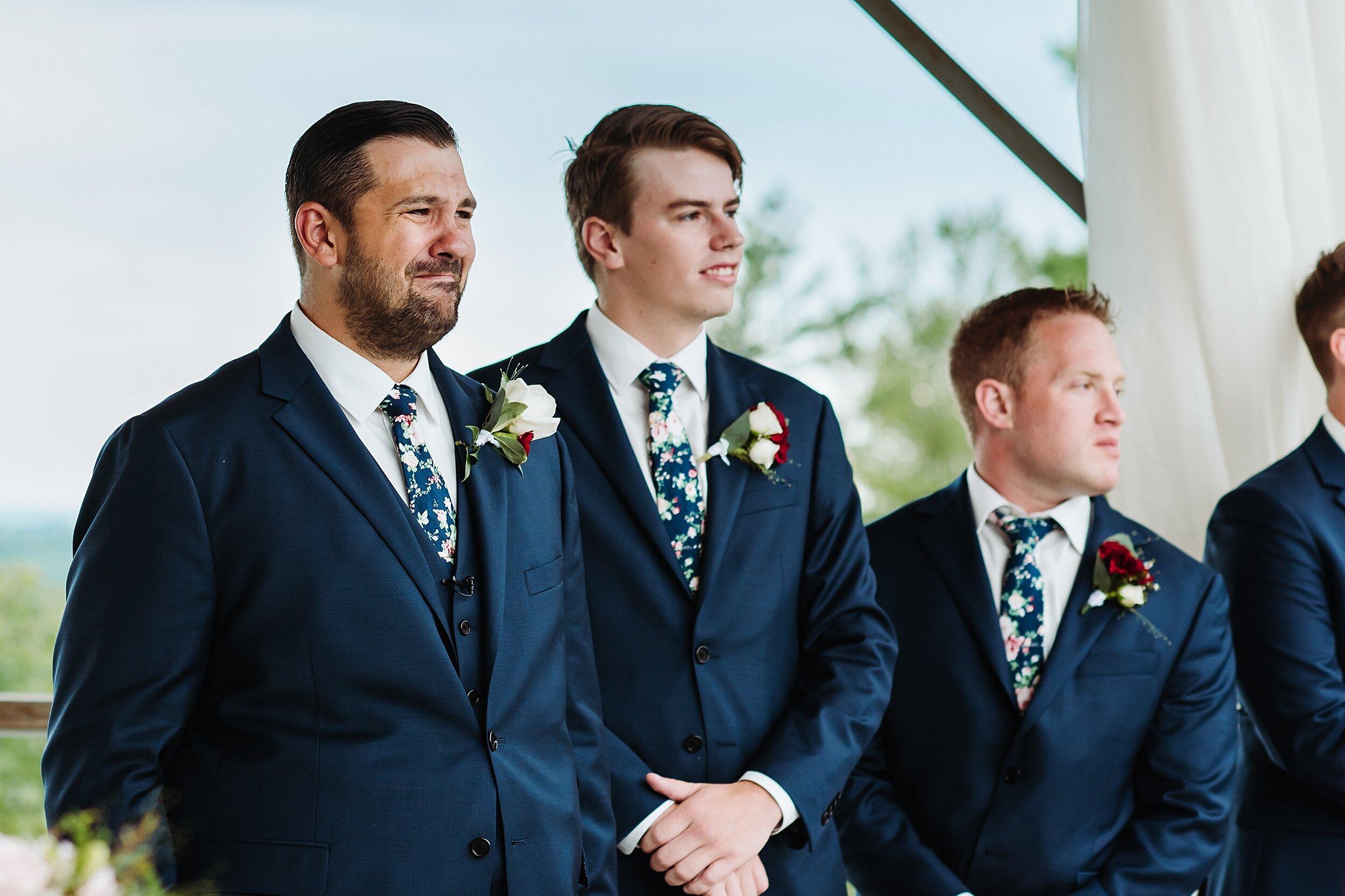 Le_Belvedere_Ottawa_Wakefiel_Quebec_Toronto_Wedding_Photographers_0034.jpg